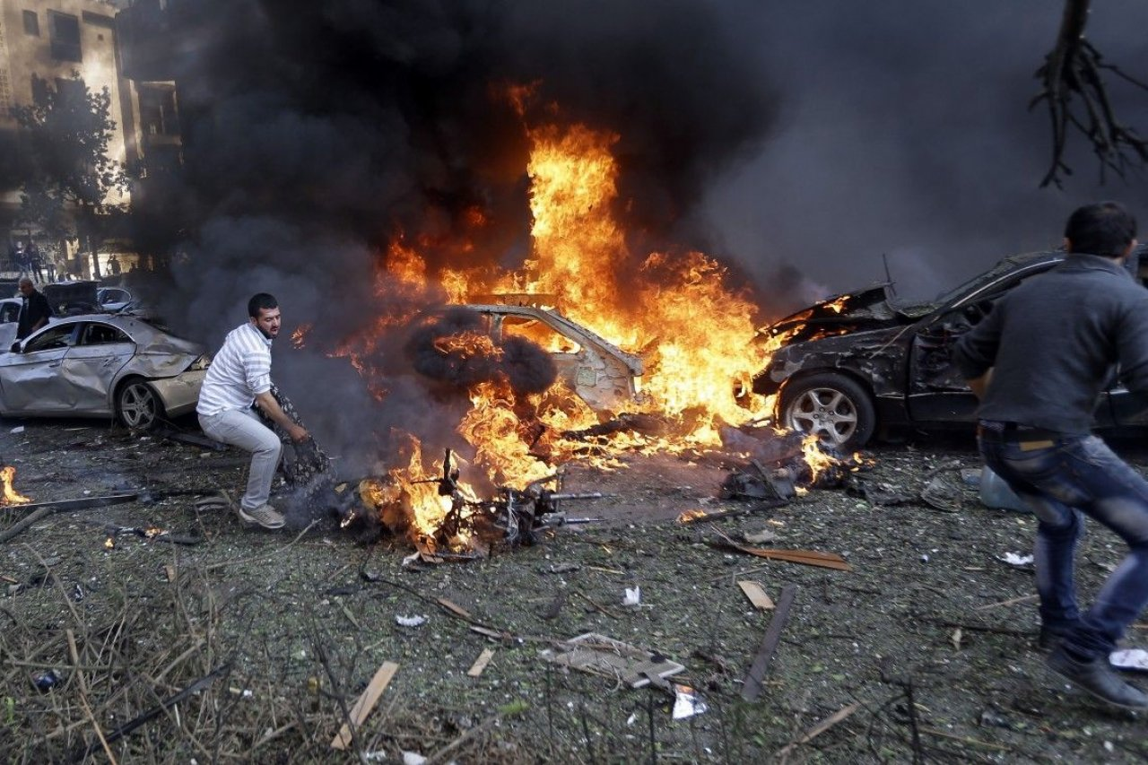 11-22-2013_DL0142_Lebanonbomb