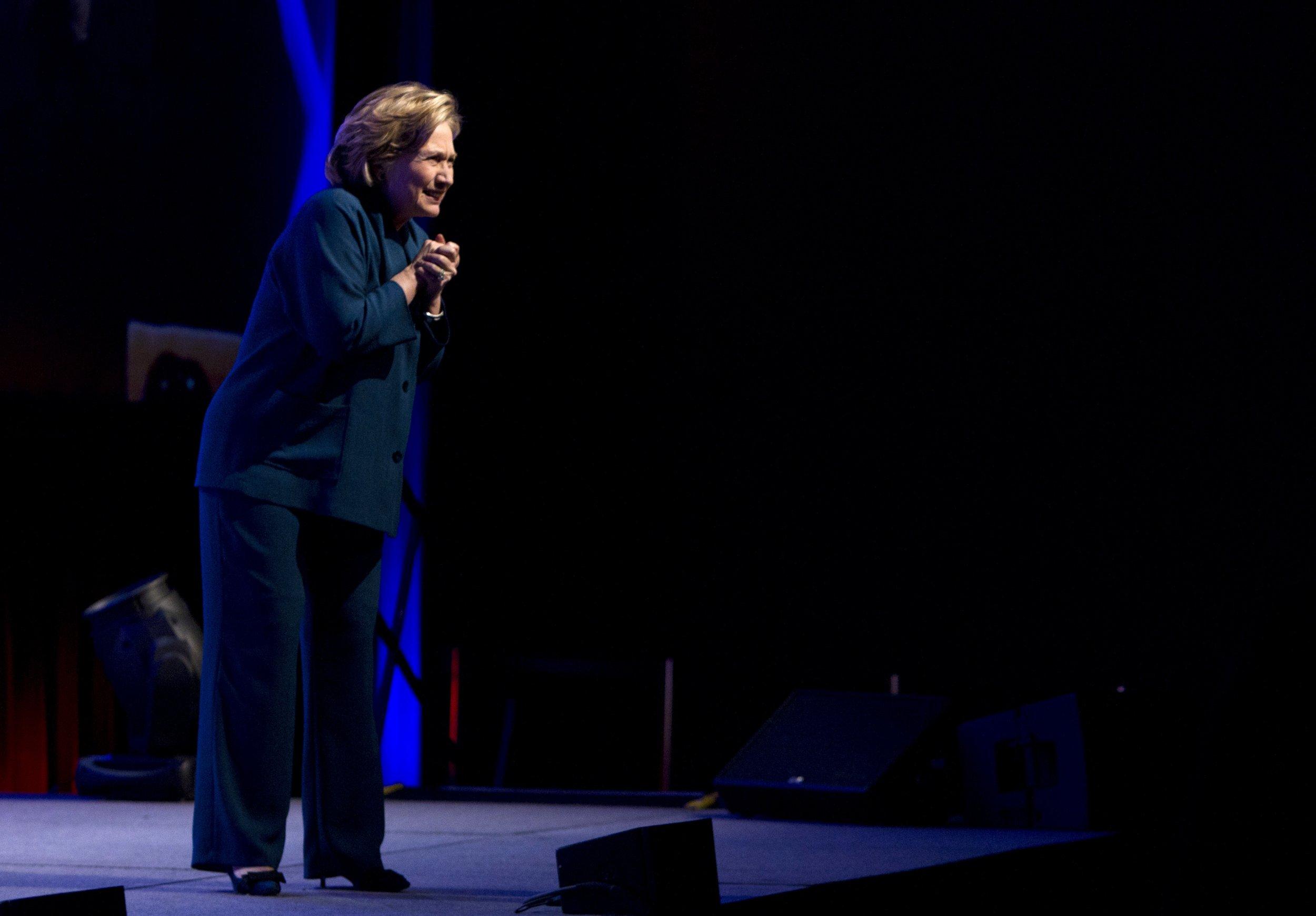 Clinton shoe