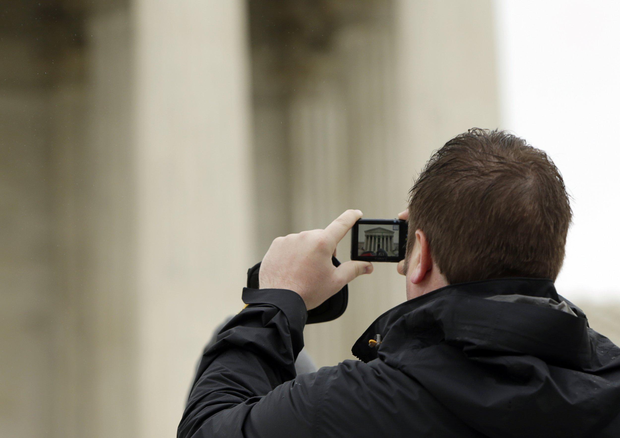 Supreme Court smartphone