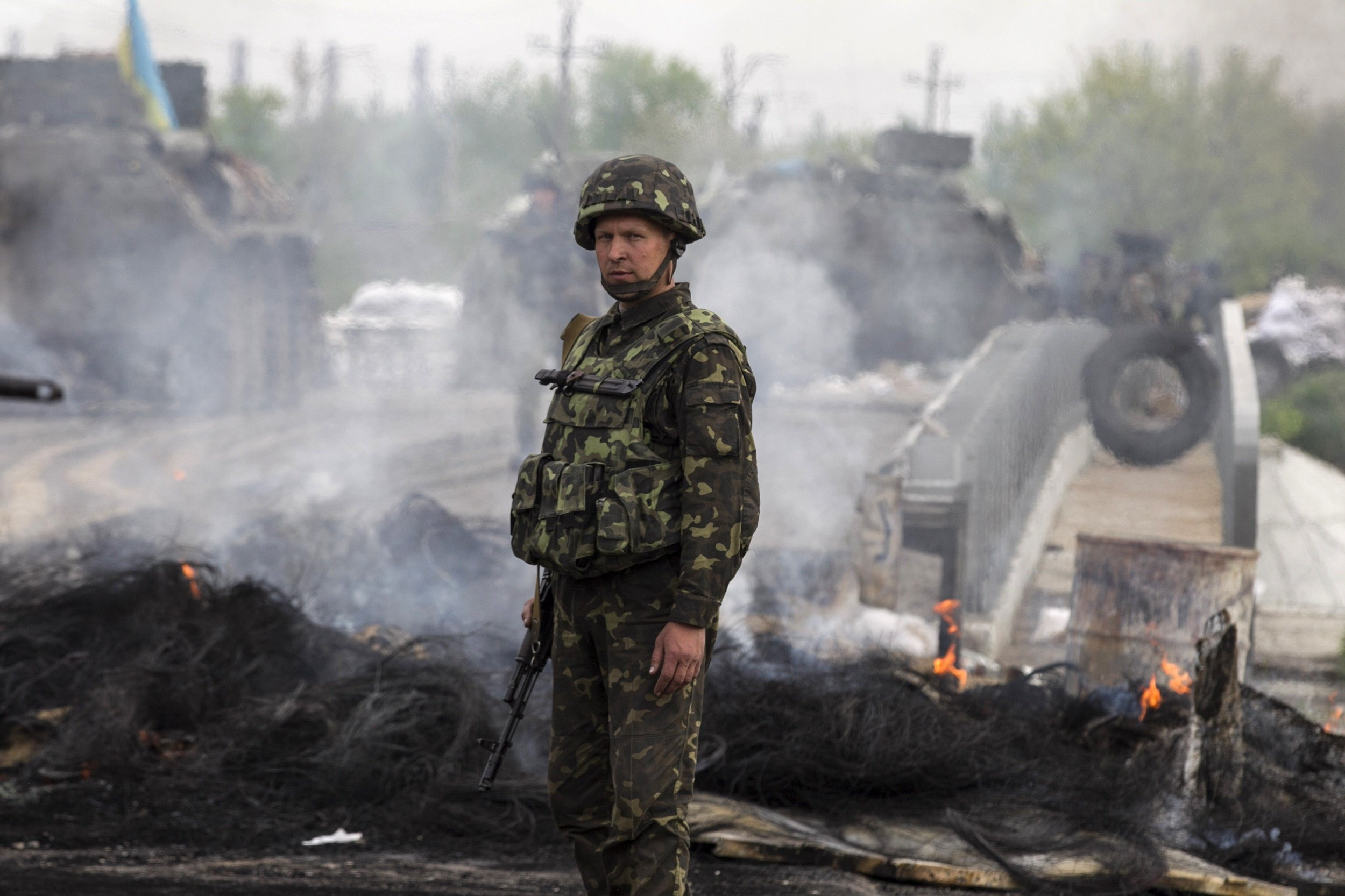 За минувшие сутки боевики 79 раз обстреляли позиции украинских военных на Донбассе – пресс-центр АТО