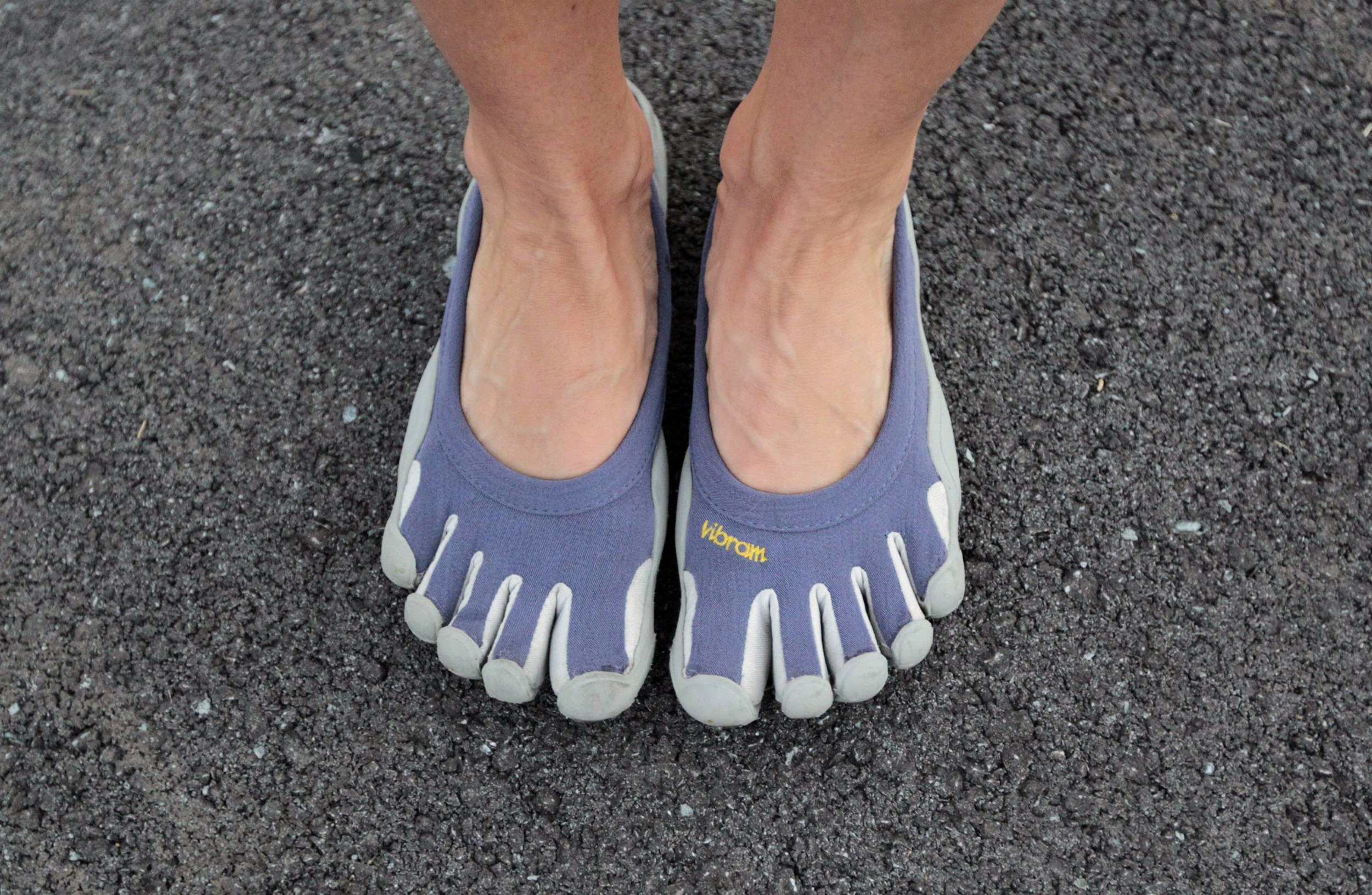 5.8_barefoot_running