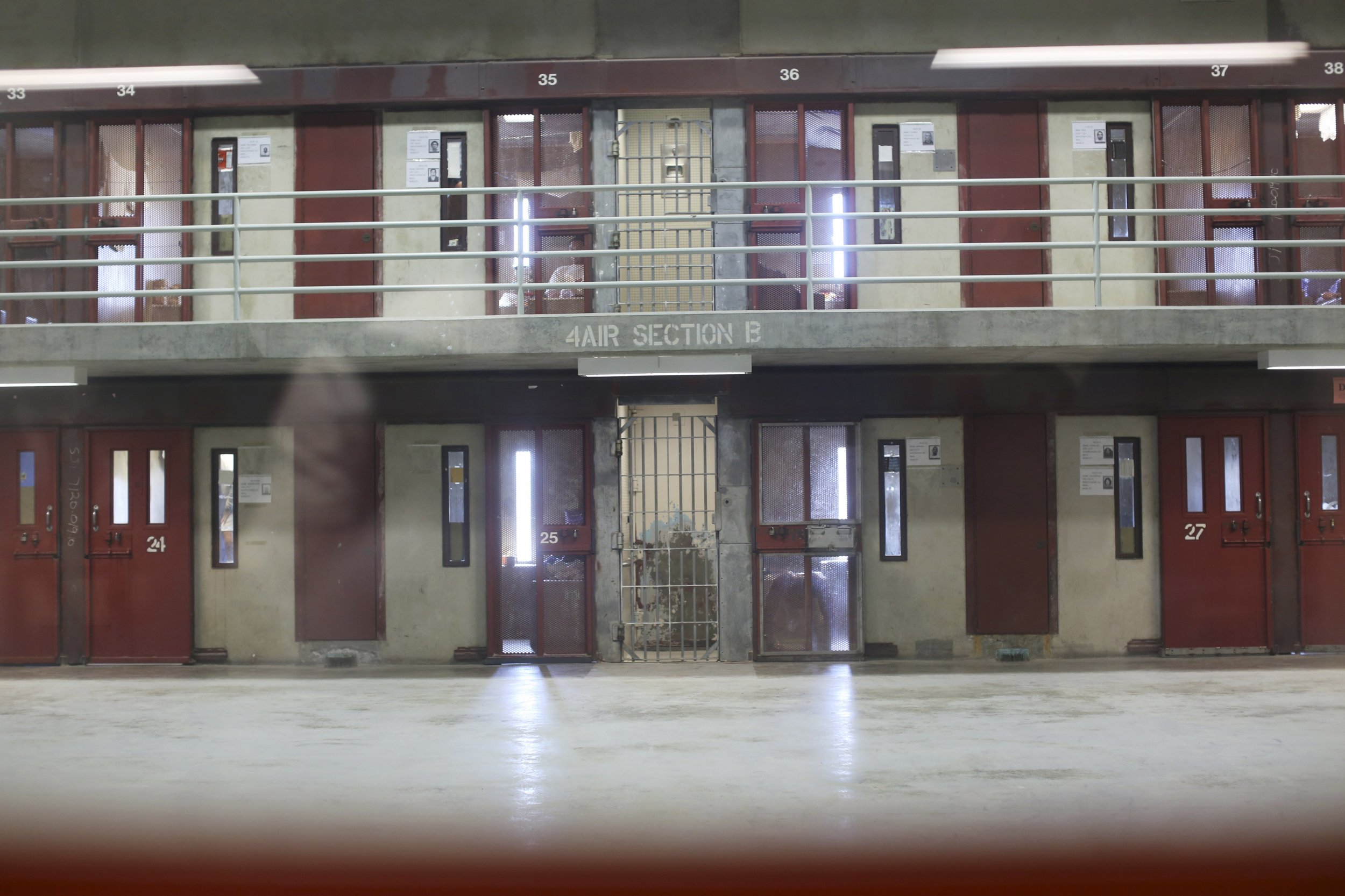 state prison populations show upswings, declines