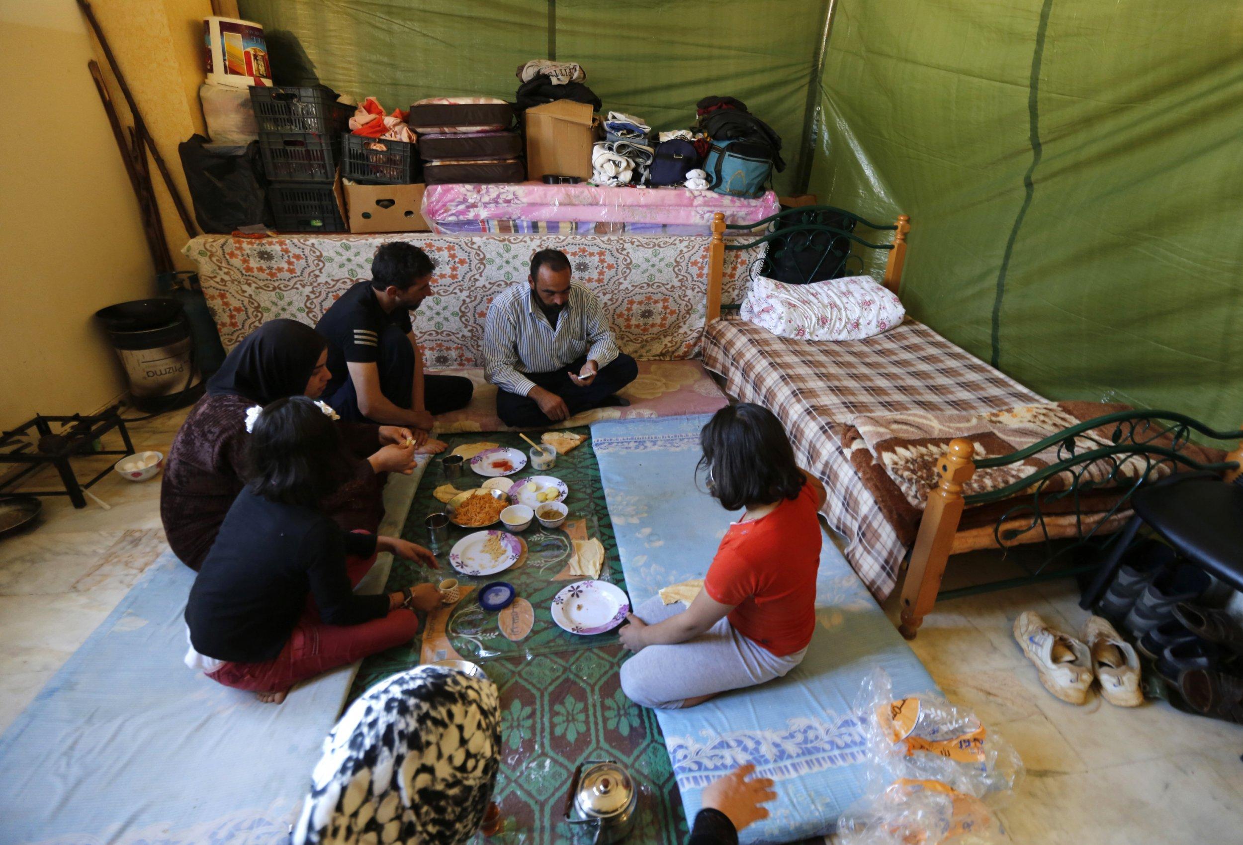 Syrian Refugees Food