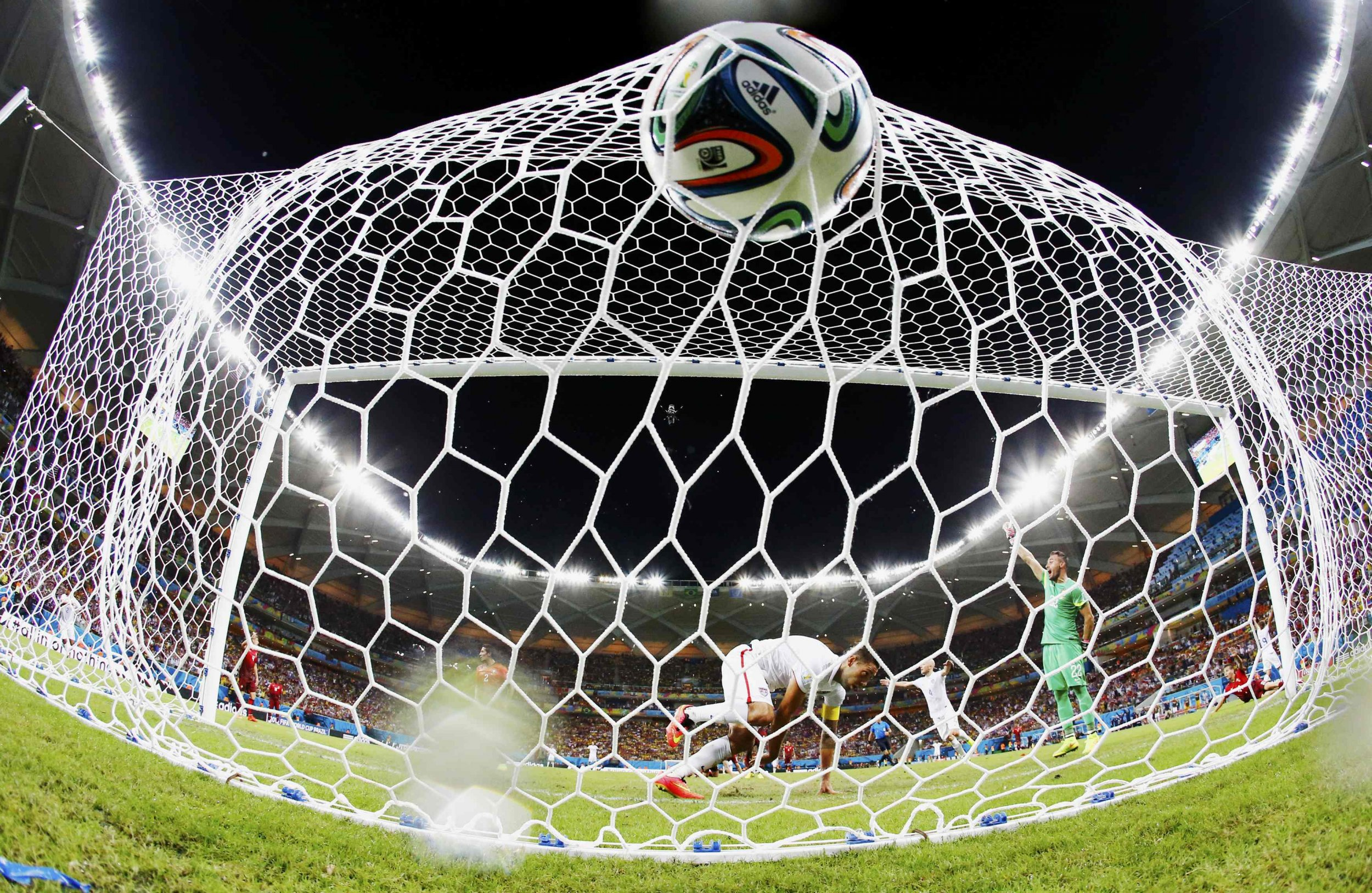 Portugal Stuns U.S. With a Late Tie