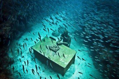 6-25-underwater-art-09