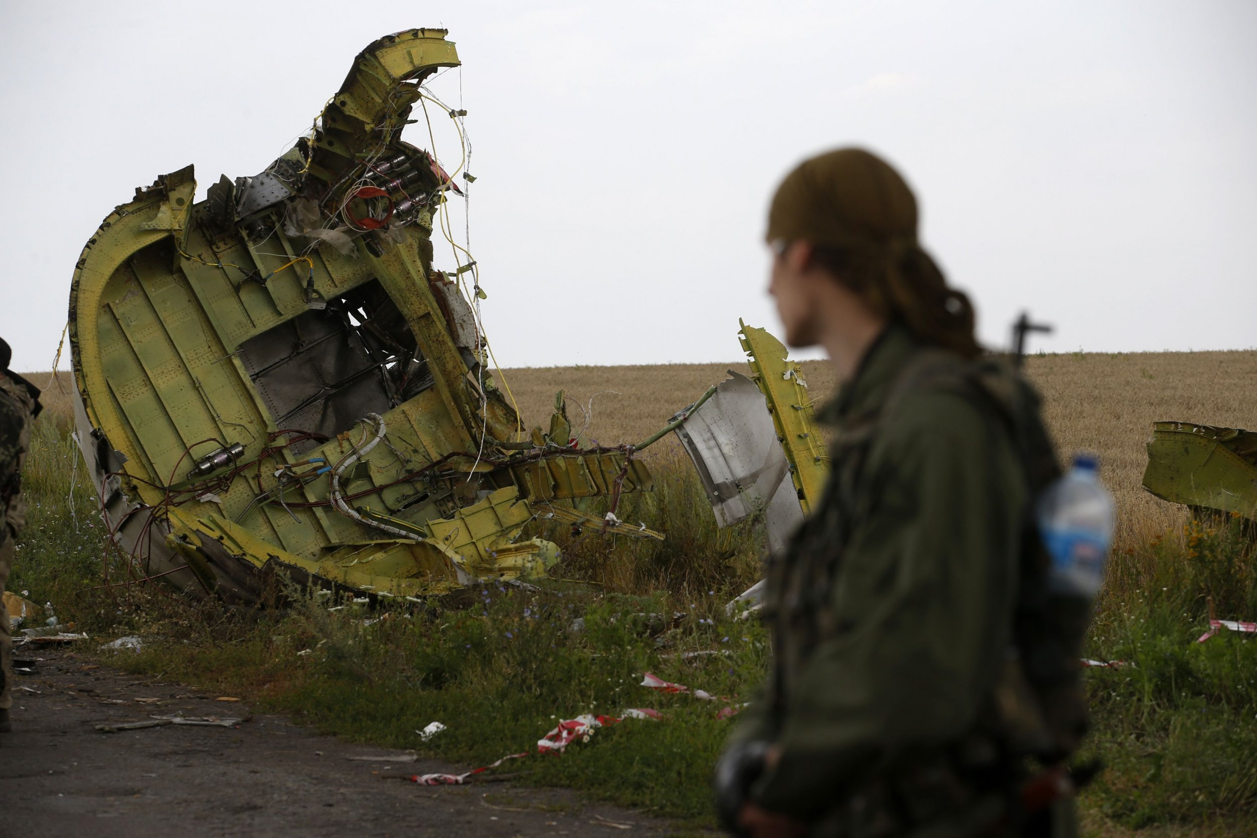 2014-07-22T141249Z_230697516_GM1EA7M1PKS01_RTRMADP_3_UKRAINE-CRISIS