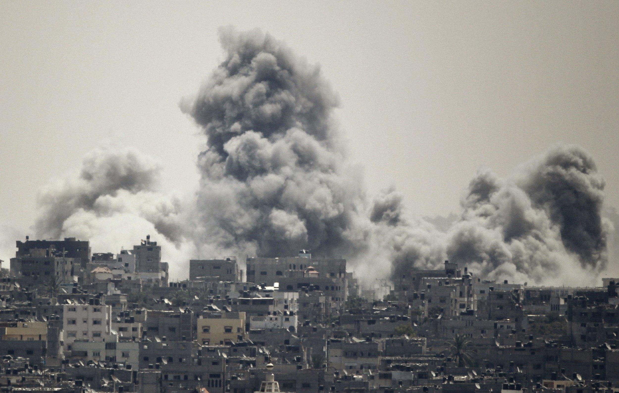 2014-07-27T114624Z_1_LYNXMPEA6Q05K_RTROPTP_4_MIDEAST-GAZA