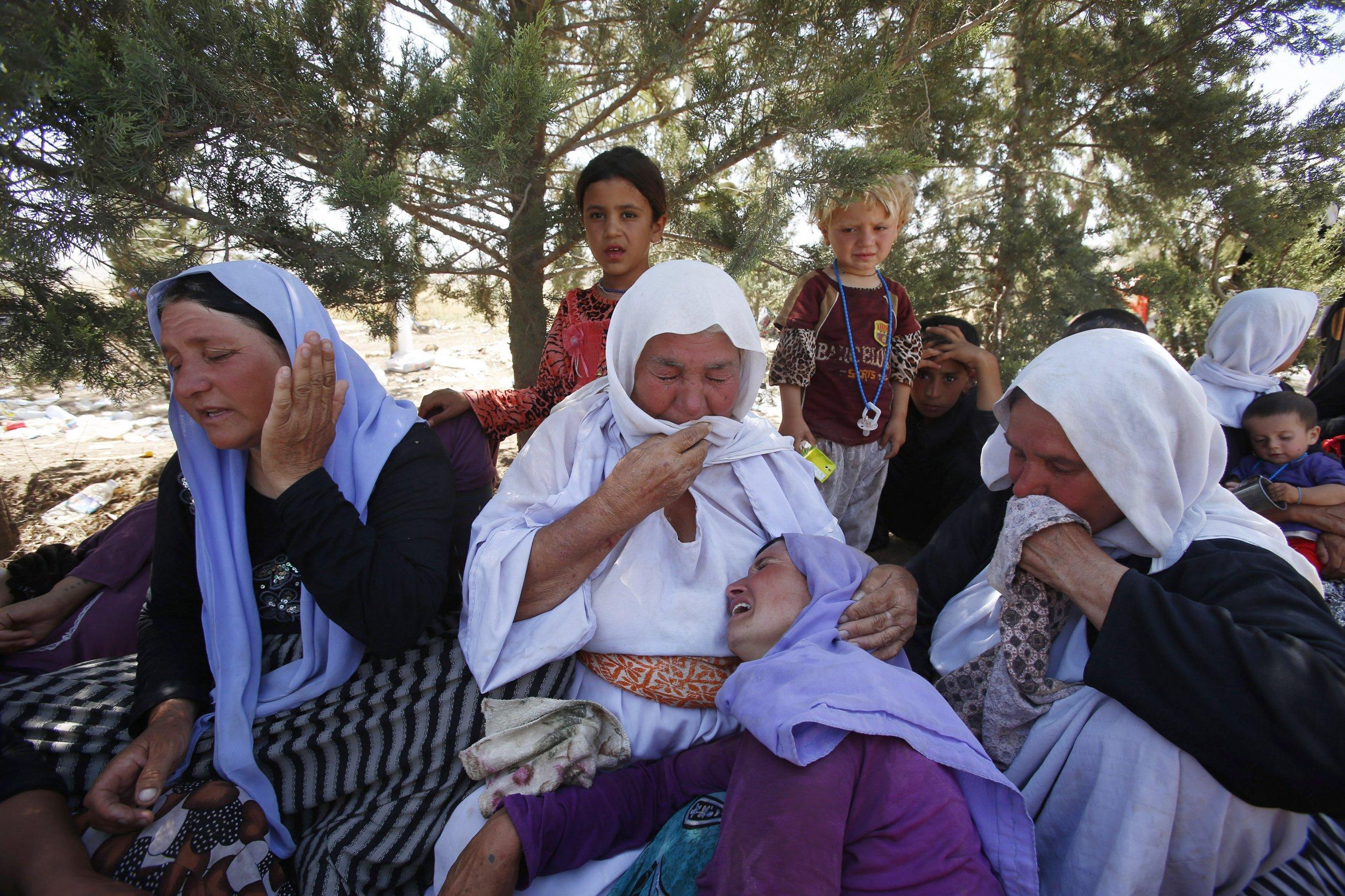Mourning Yazidis