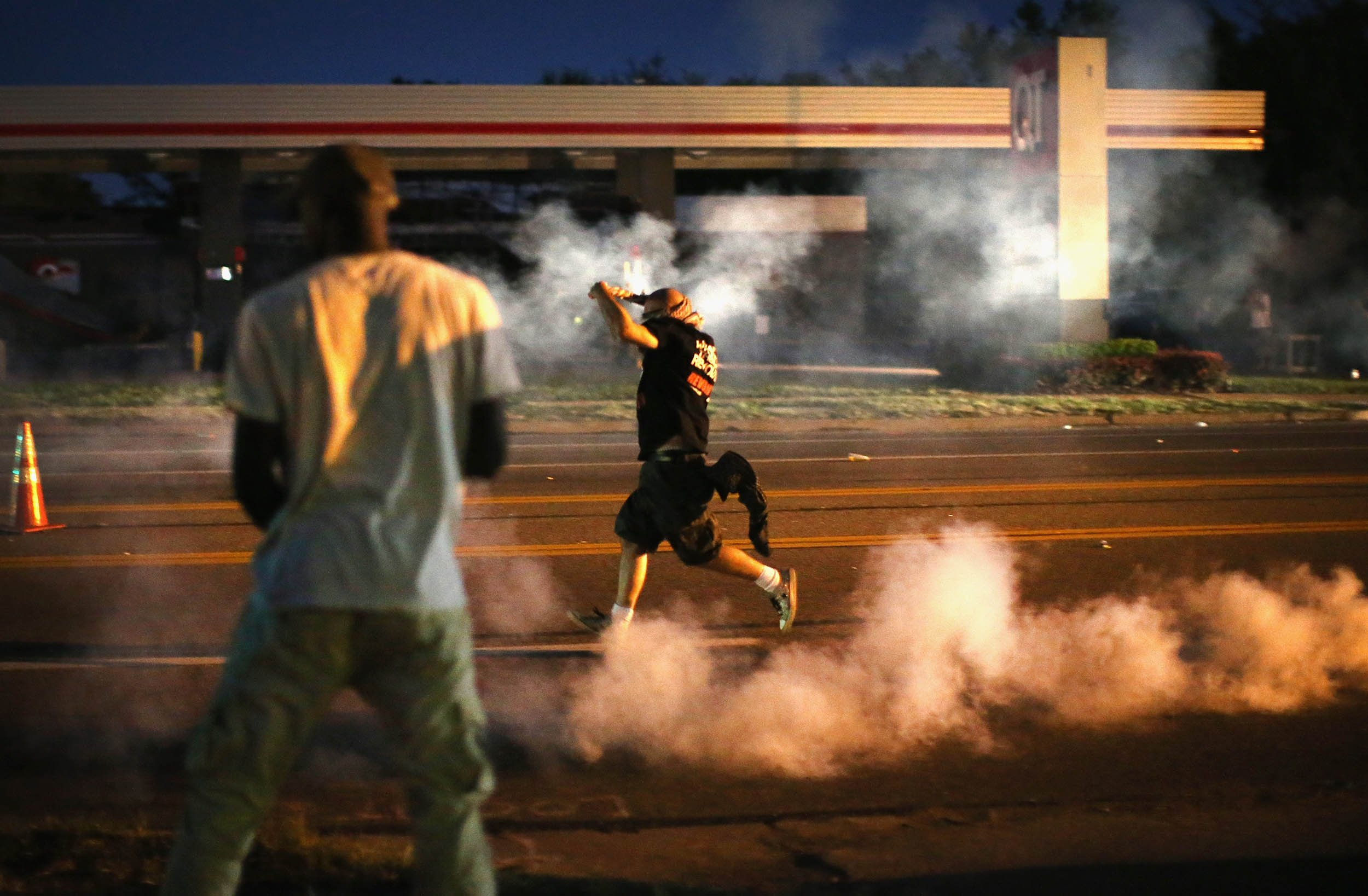 08_14_LiveChat_Ferguson_06