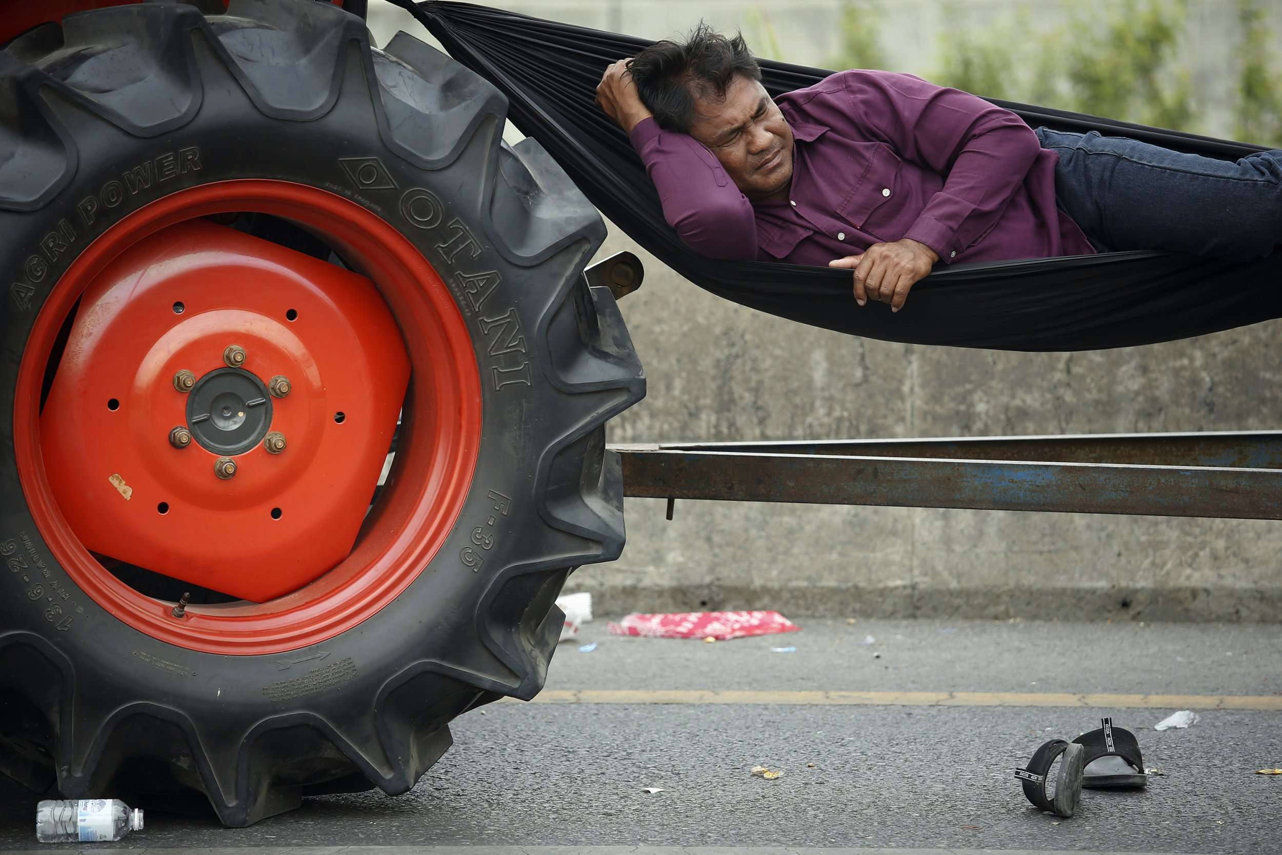 sleep-tractor