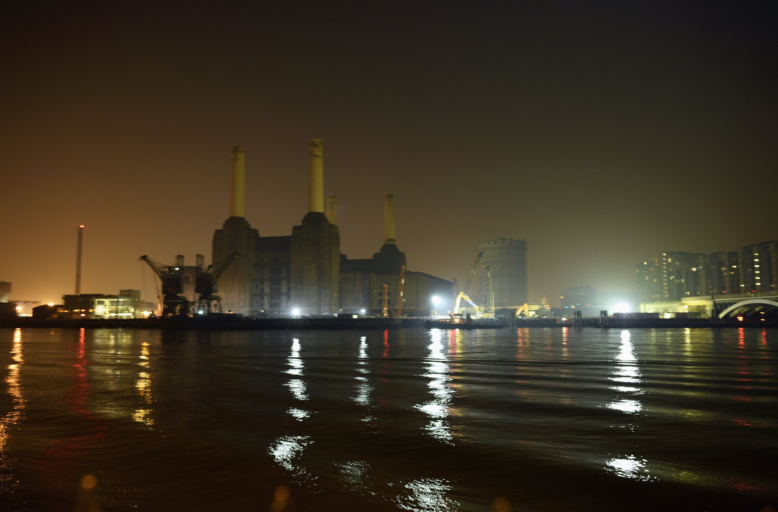 Pink floyd animals - The Building On Pink Floyd S Animals Album Cover Battersea Power Plant Will Be Reconstructed