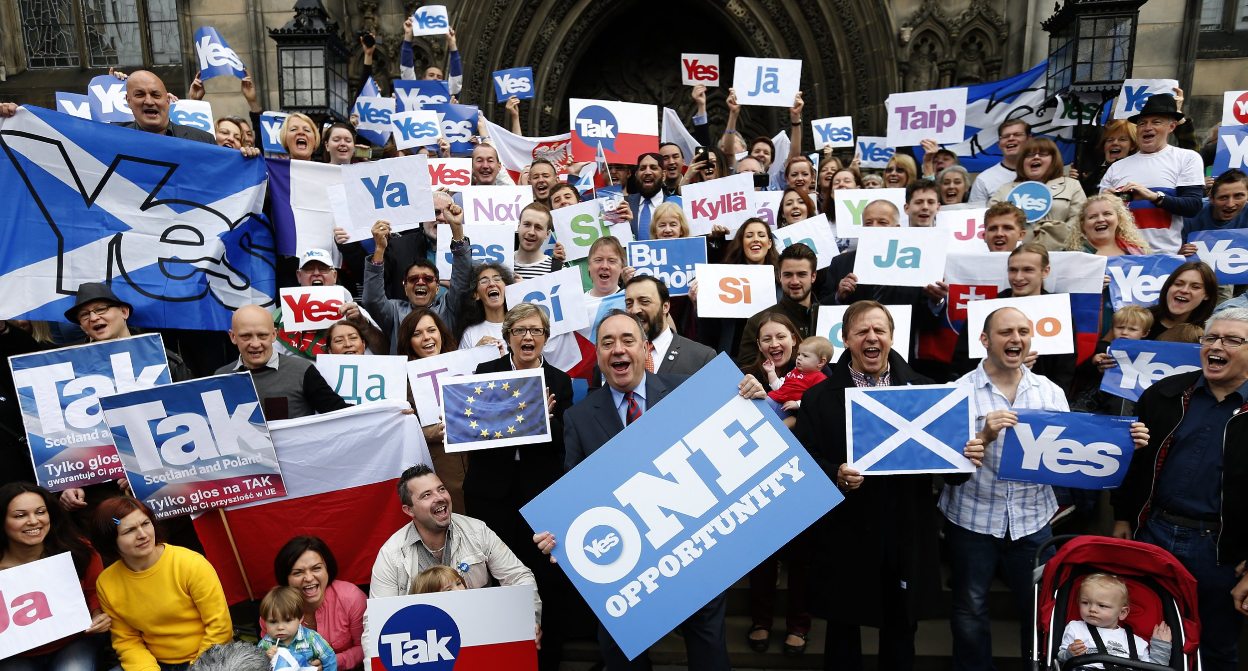 Salmond and Yes supporters