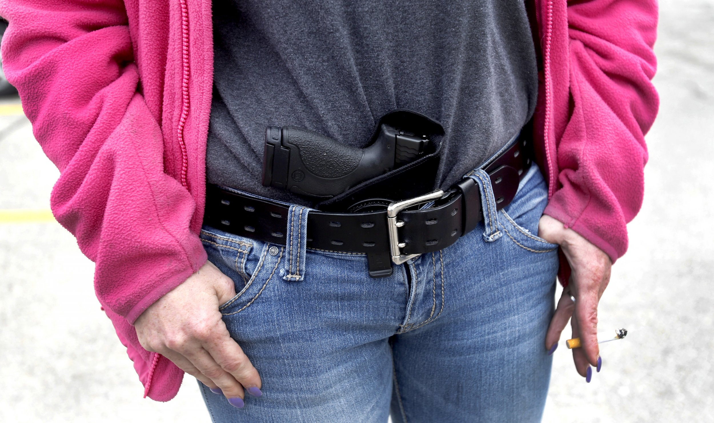 List of Pros and Cons of Concealed Carry