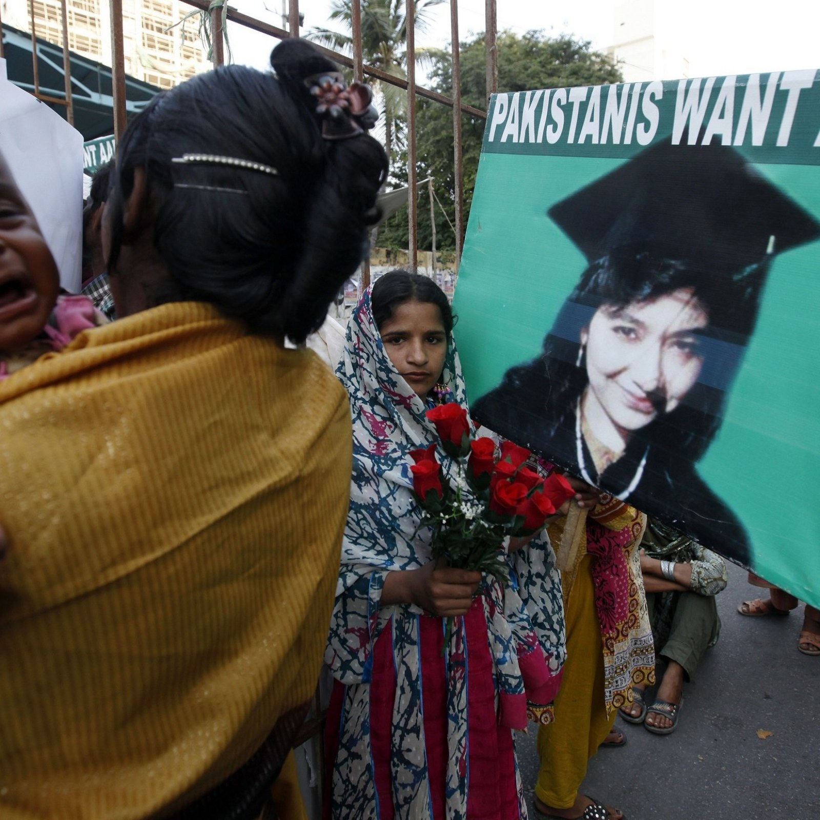 Aafia Siddiqui: The Woman ISIS Wanted to Trade for Foley