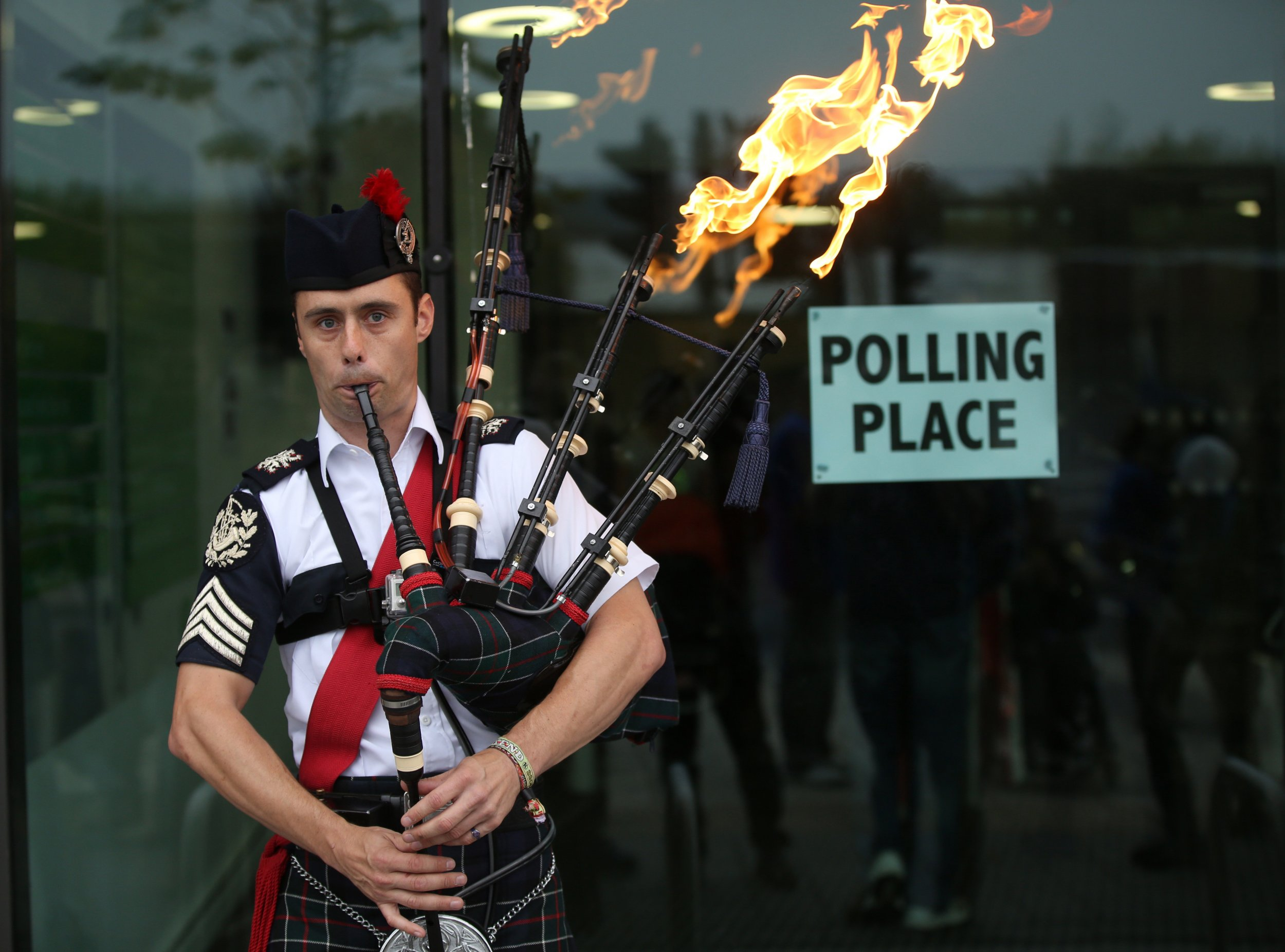 Flaming bagpipes