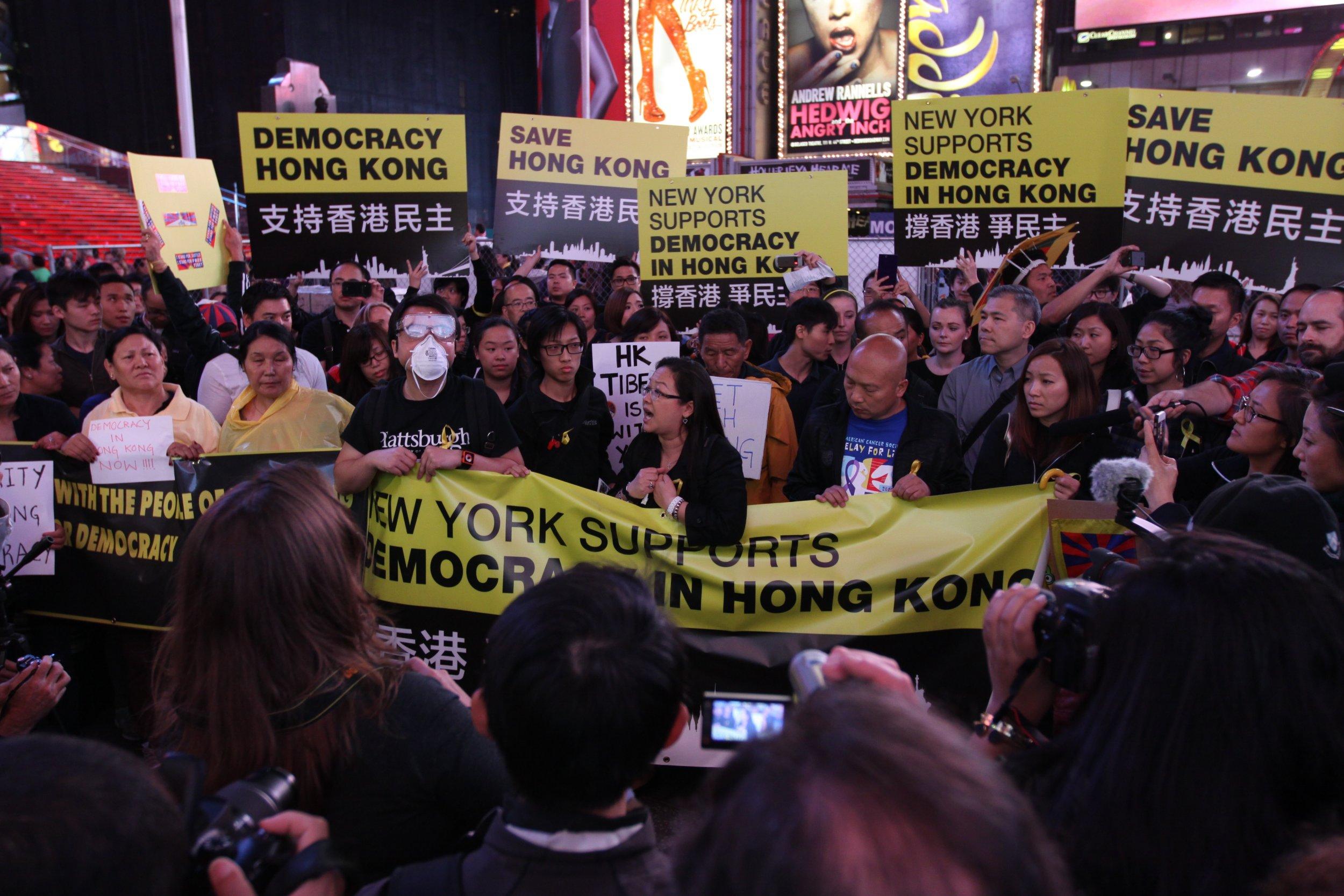 10-1-14 HK Rally4