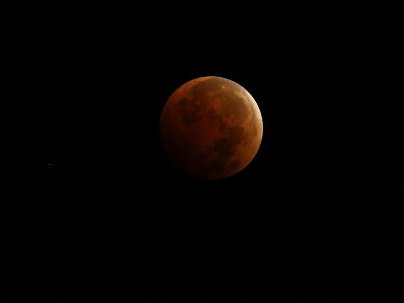 10-8-14 Lunar eclipse 2