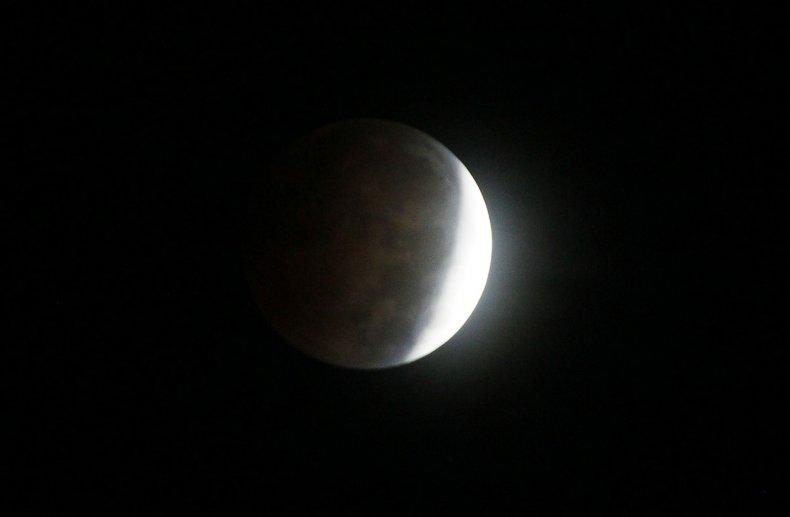 10-8-14 Lunar eclipse 3