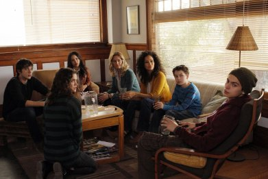 10_10_TheFosters_01
