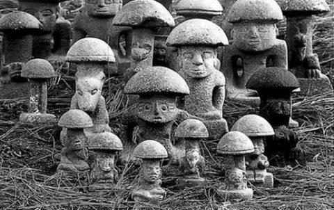mushroom-stones
