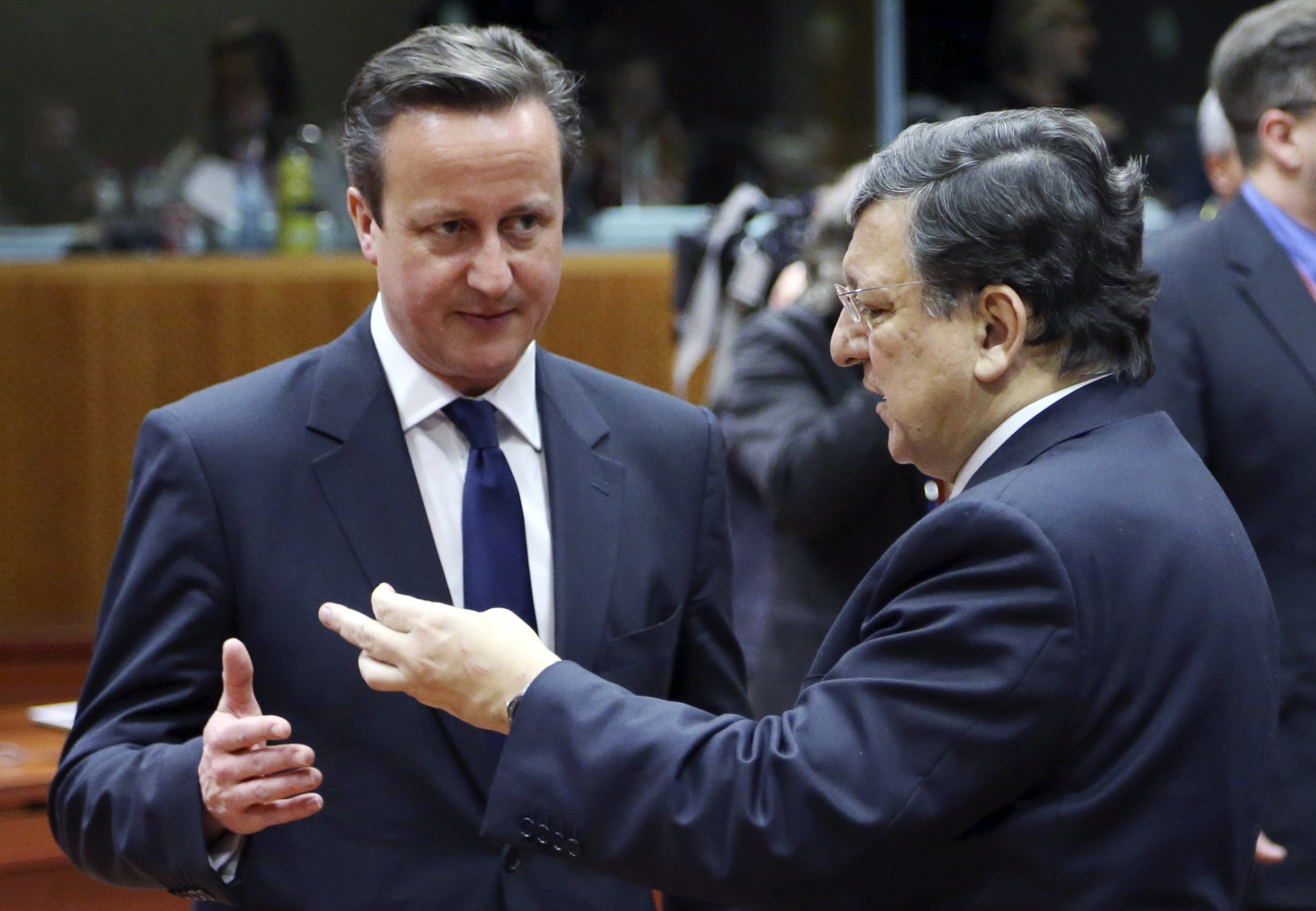 Barroso speaking to Cameron