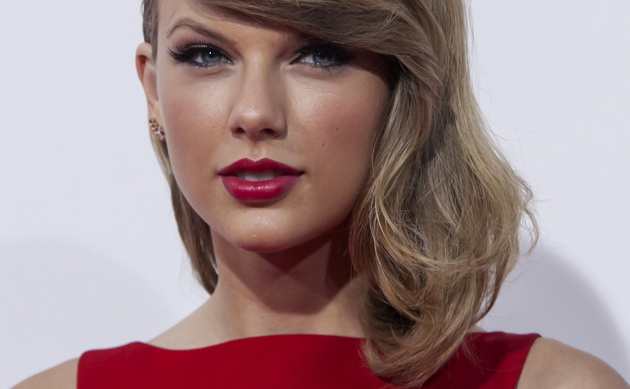 3dc8278c05a Adjectives The New York Times Uses to Describe Taylor Swift's New Album  '1989,' Ranked
