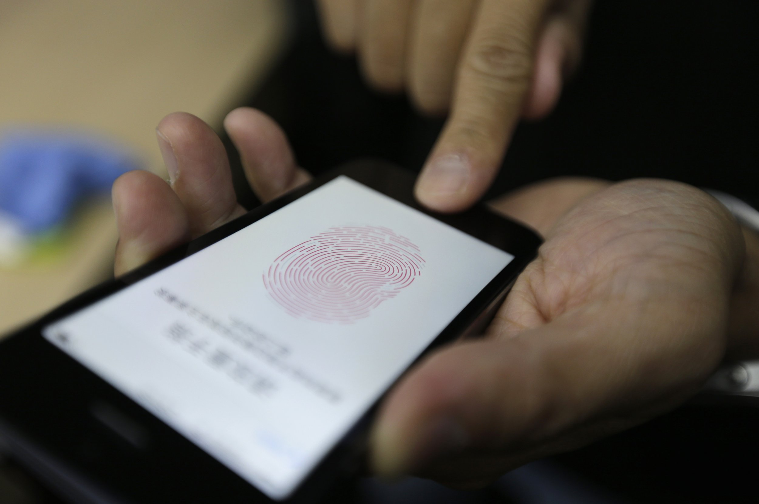 11_03_touch ID