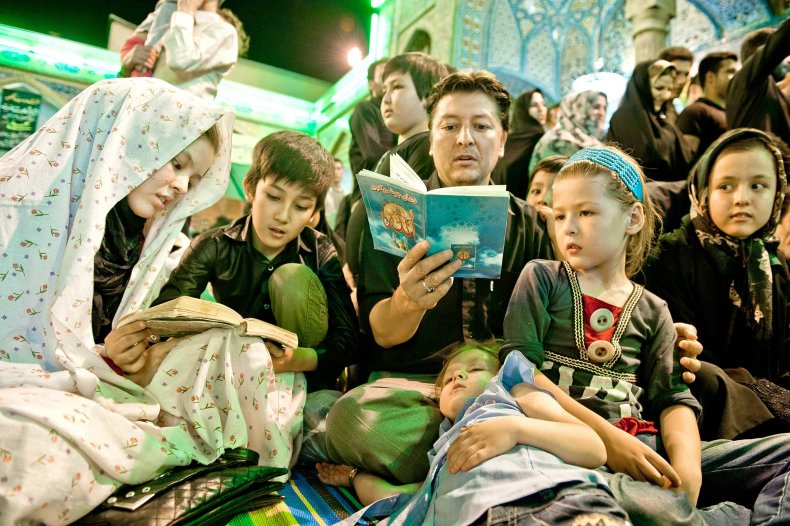 11_06_AfghanIran_13