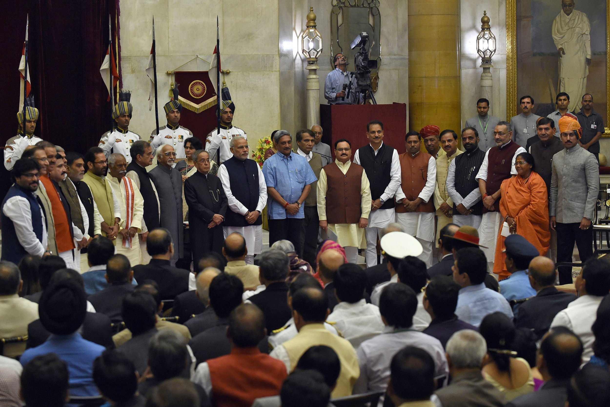 almost a third of indian cabinet charged with crimes