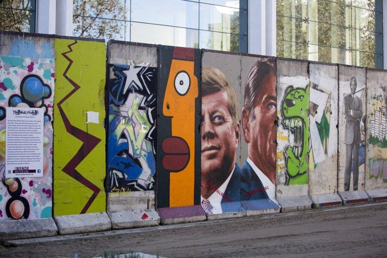 11-10-14 Berlin Wall LA