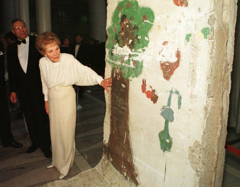 11-10-14 Berlin Wall DC