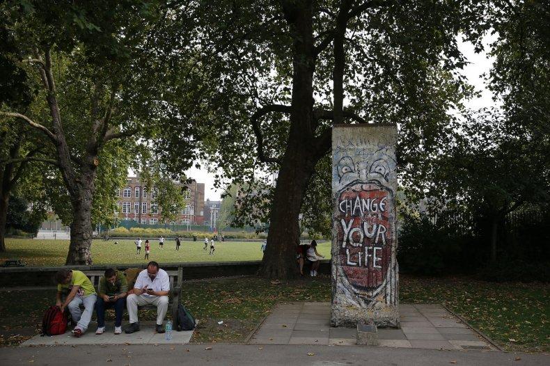 11-10-14 Berlin Wall London
