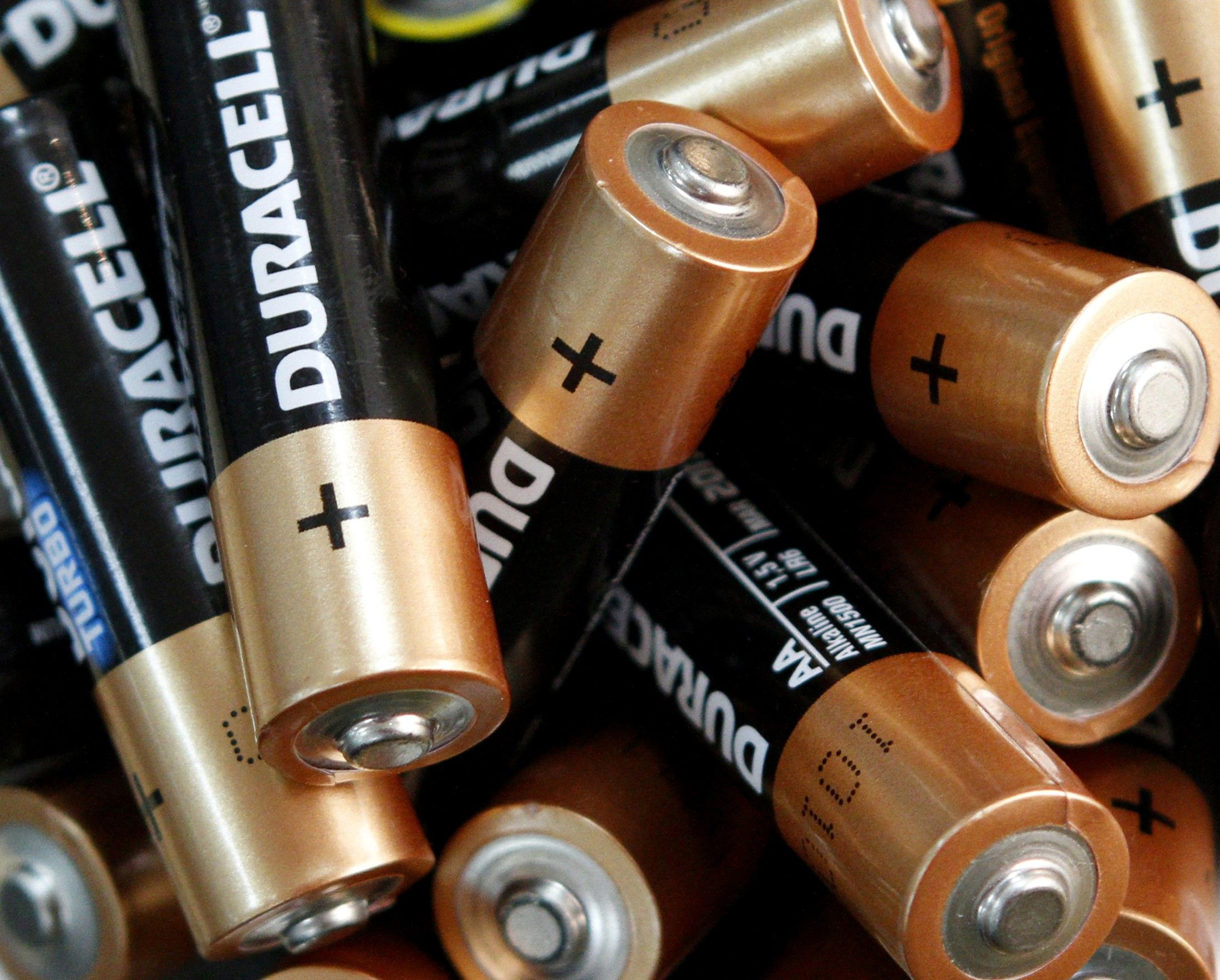 Berkshire Hathaway buys Duracell