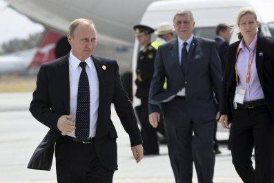 Russian President Vladimir Putin leaves the G20 Leaders' Summit early.