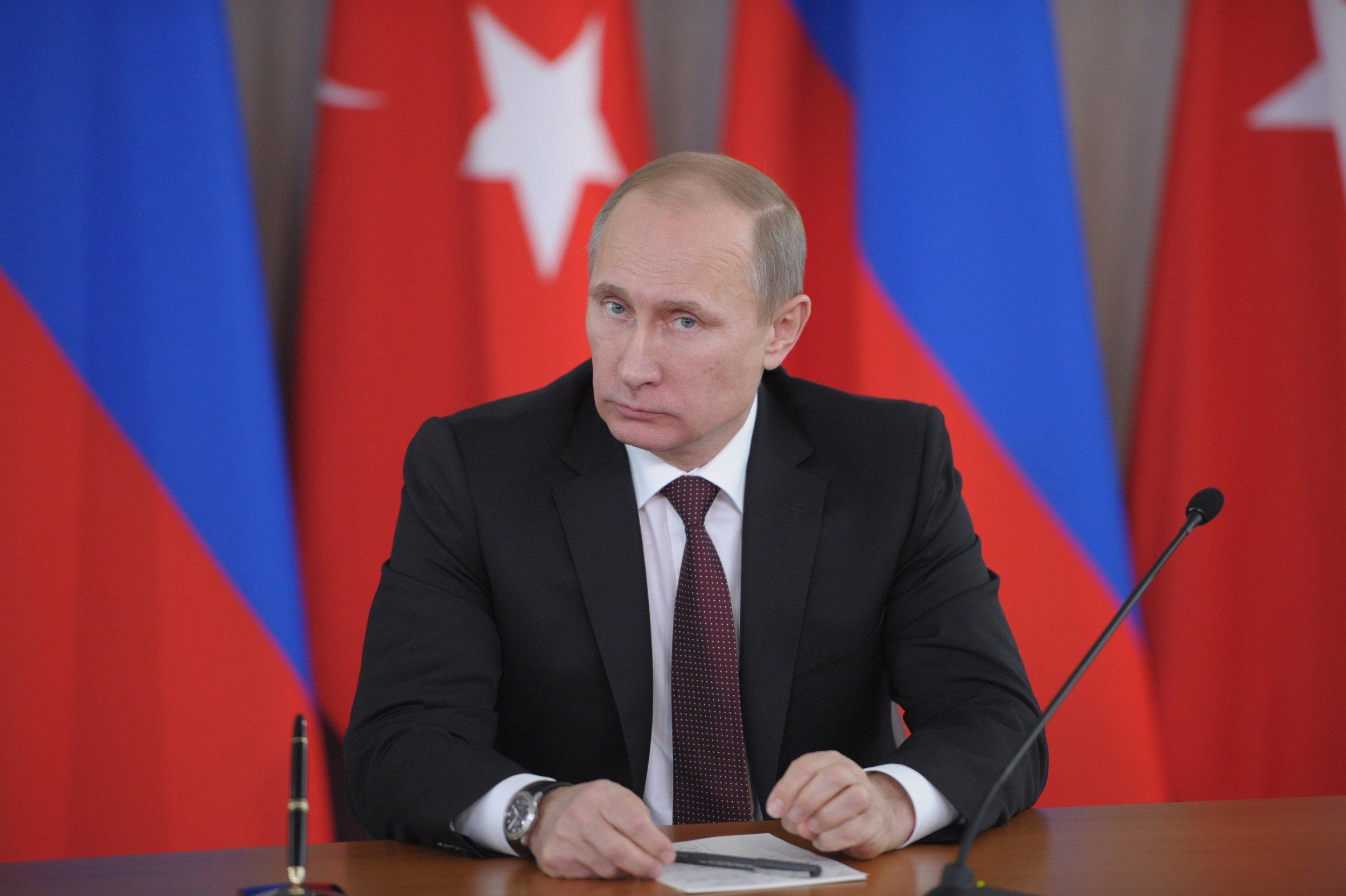 Putin supports Assad