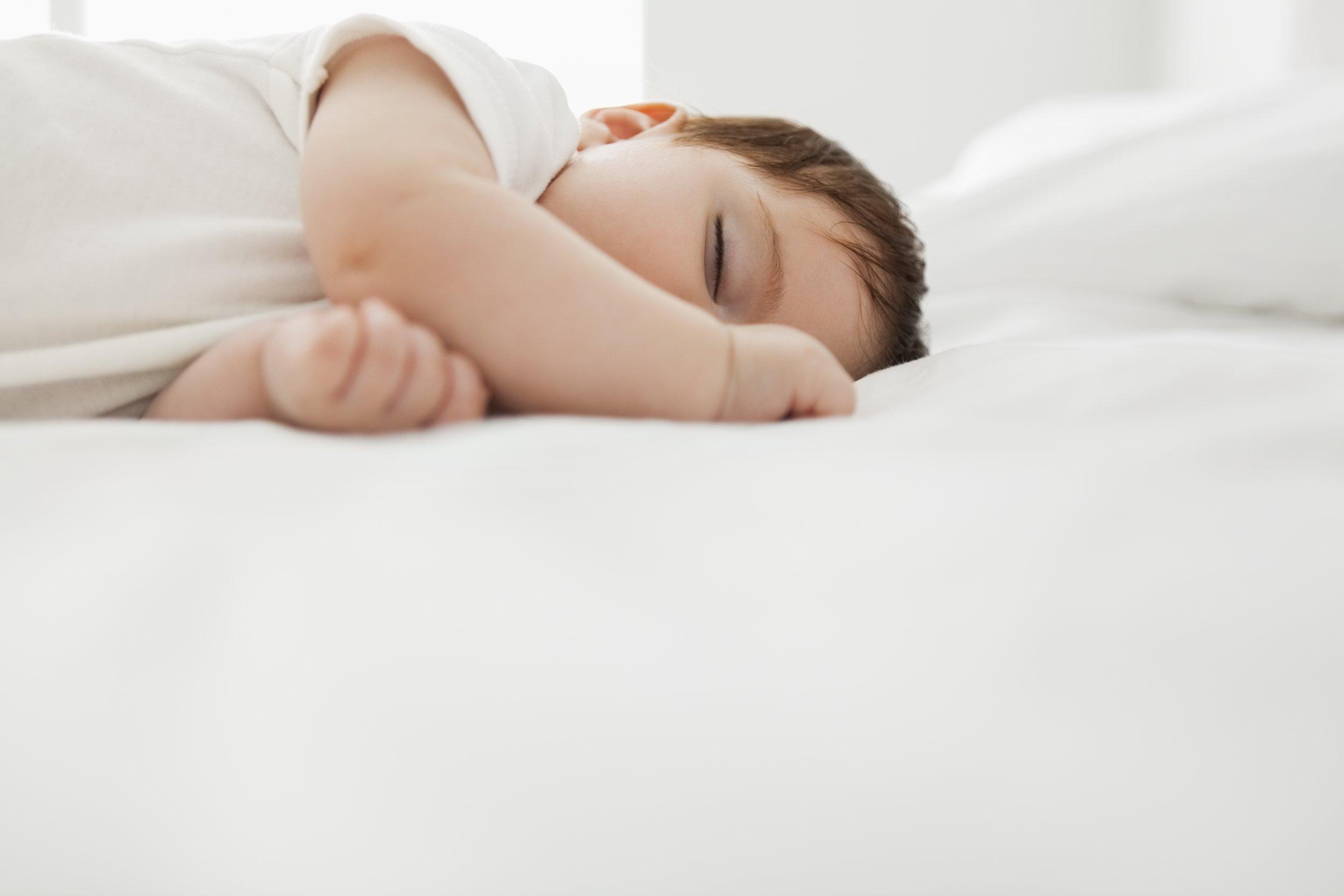 1201_BabySleep_01