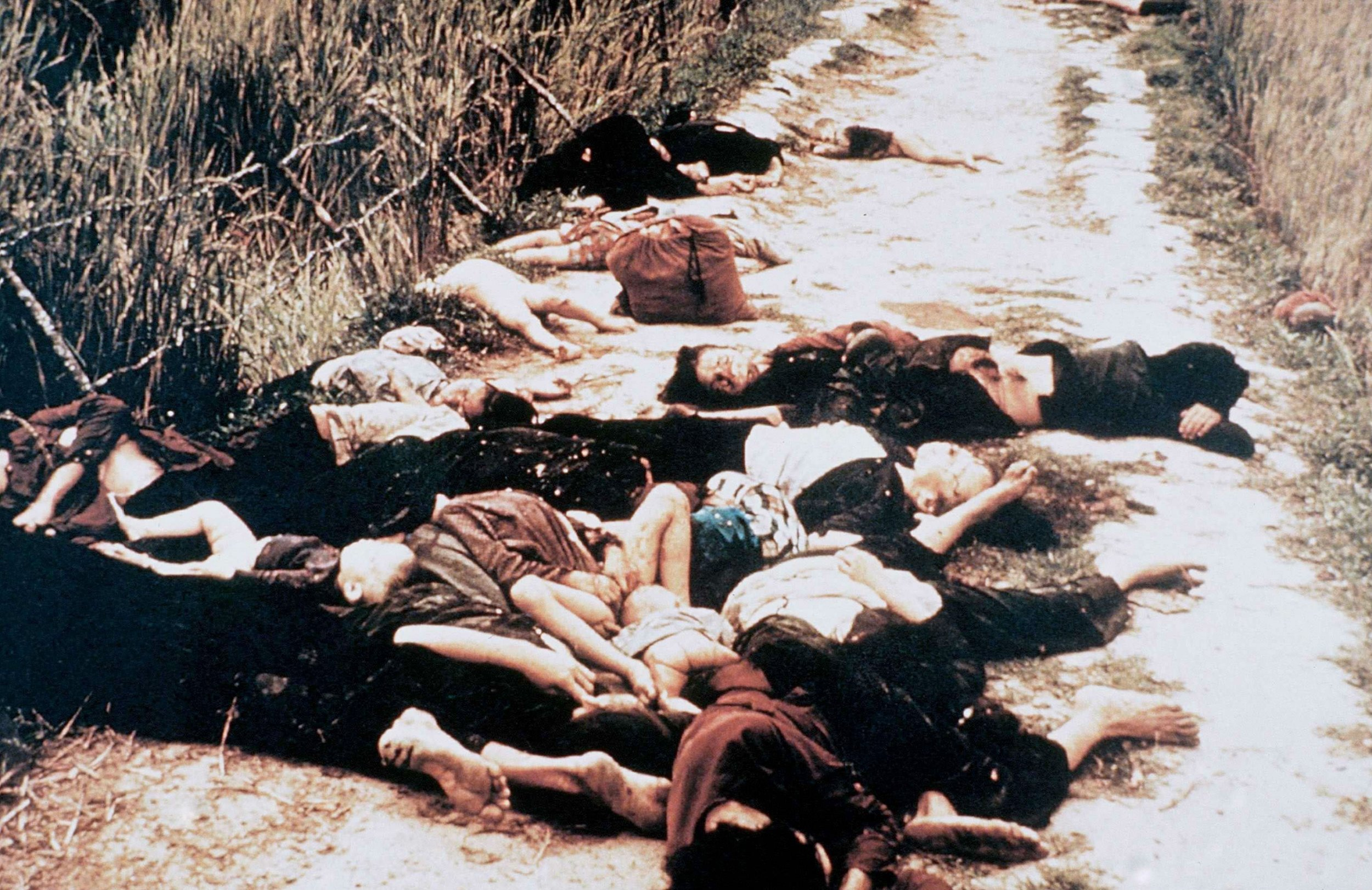 essay on my lai massacre Pfc capezza shown setting a fire during the my lai massacre,  led into an  essay that explores my lai in the context of atrocities in other wars.