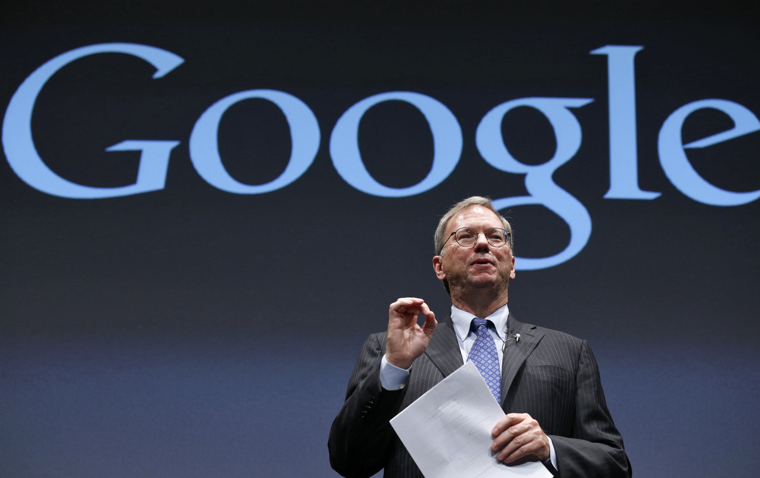 Eric Schmidt of Google speaking to an audience