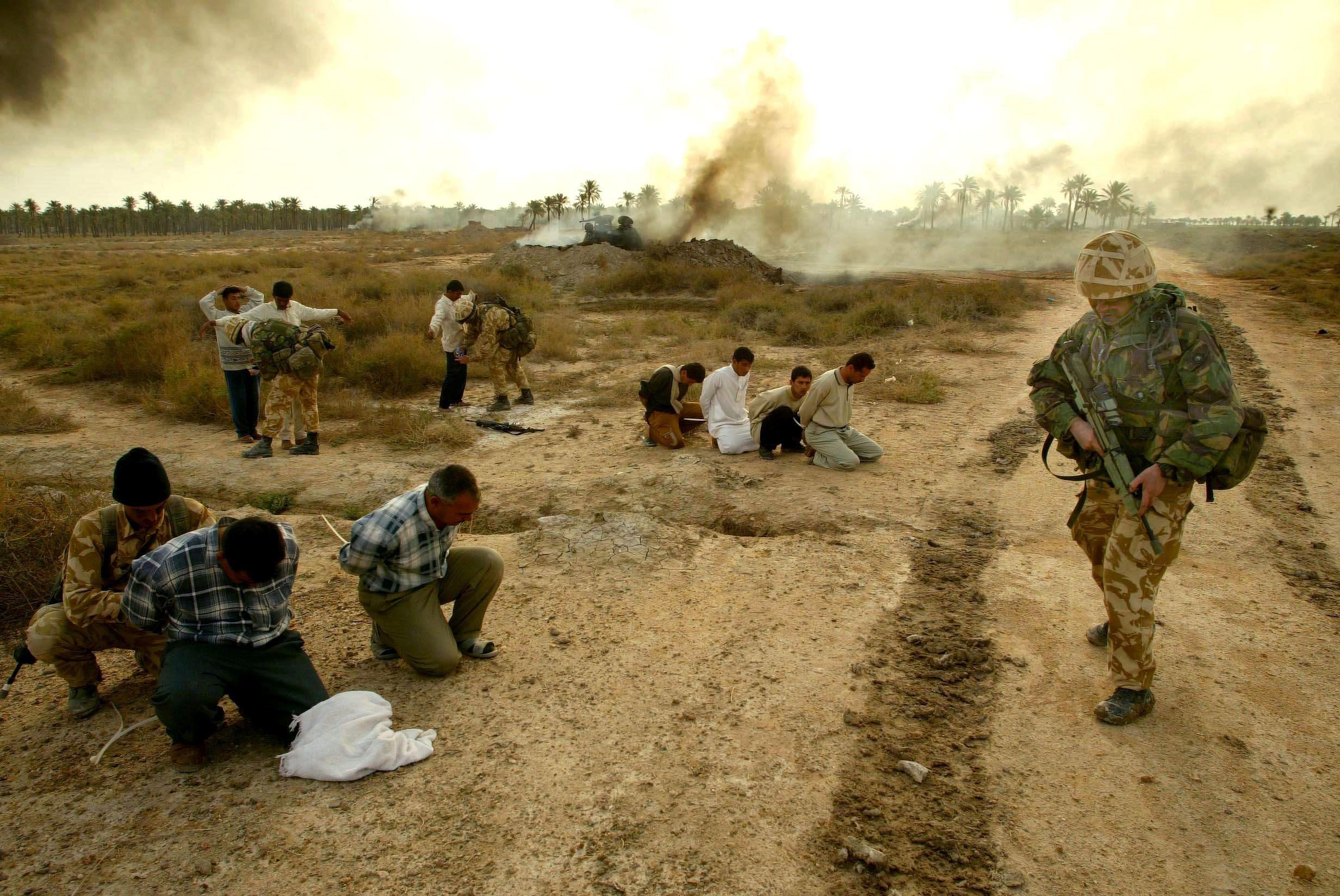 Iraqi militia surrender to Royal Marines