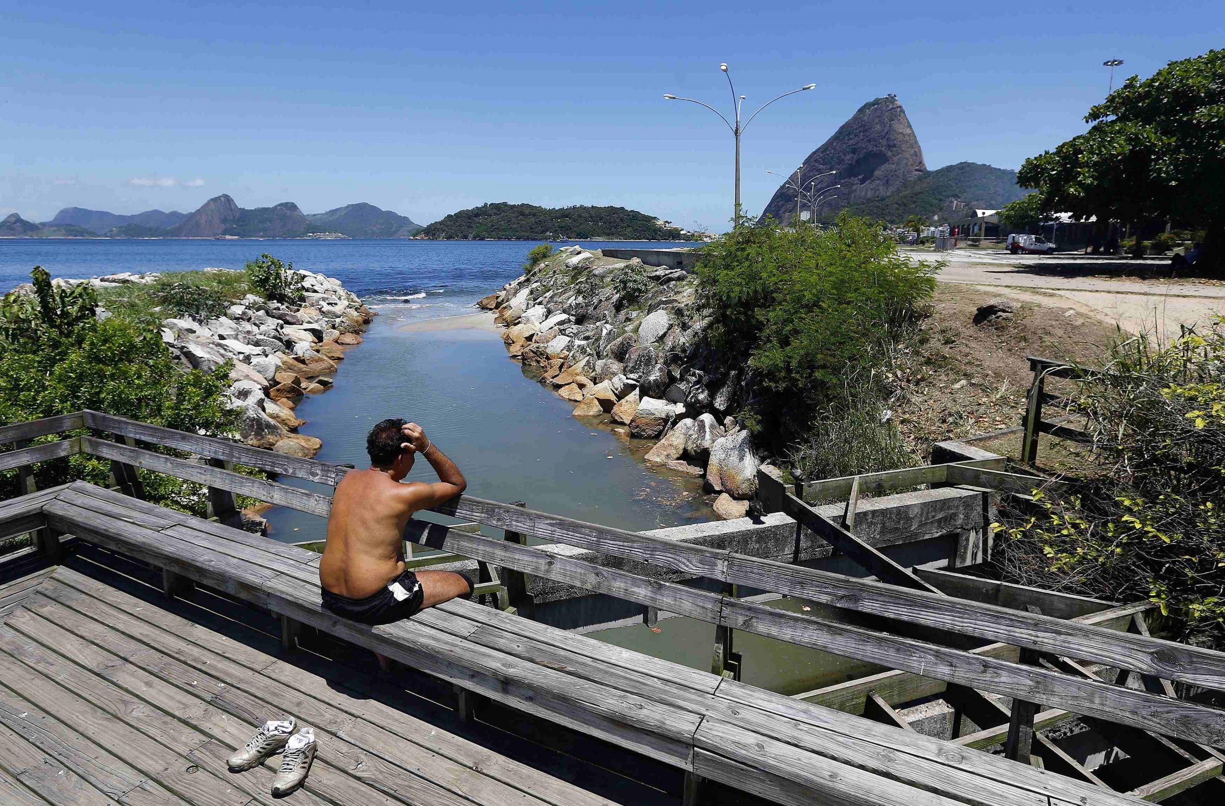 2014-12-16T172617Z_820516355_GM1EACH03U901_RTRMADP_3_OLYMPICS-BRAZIL-BACTERIA