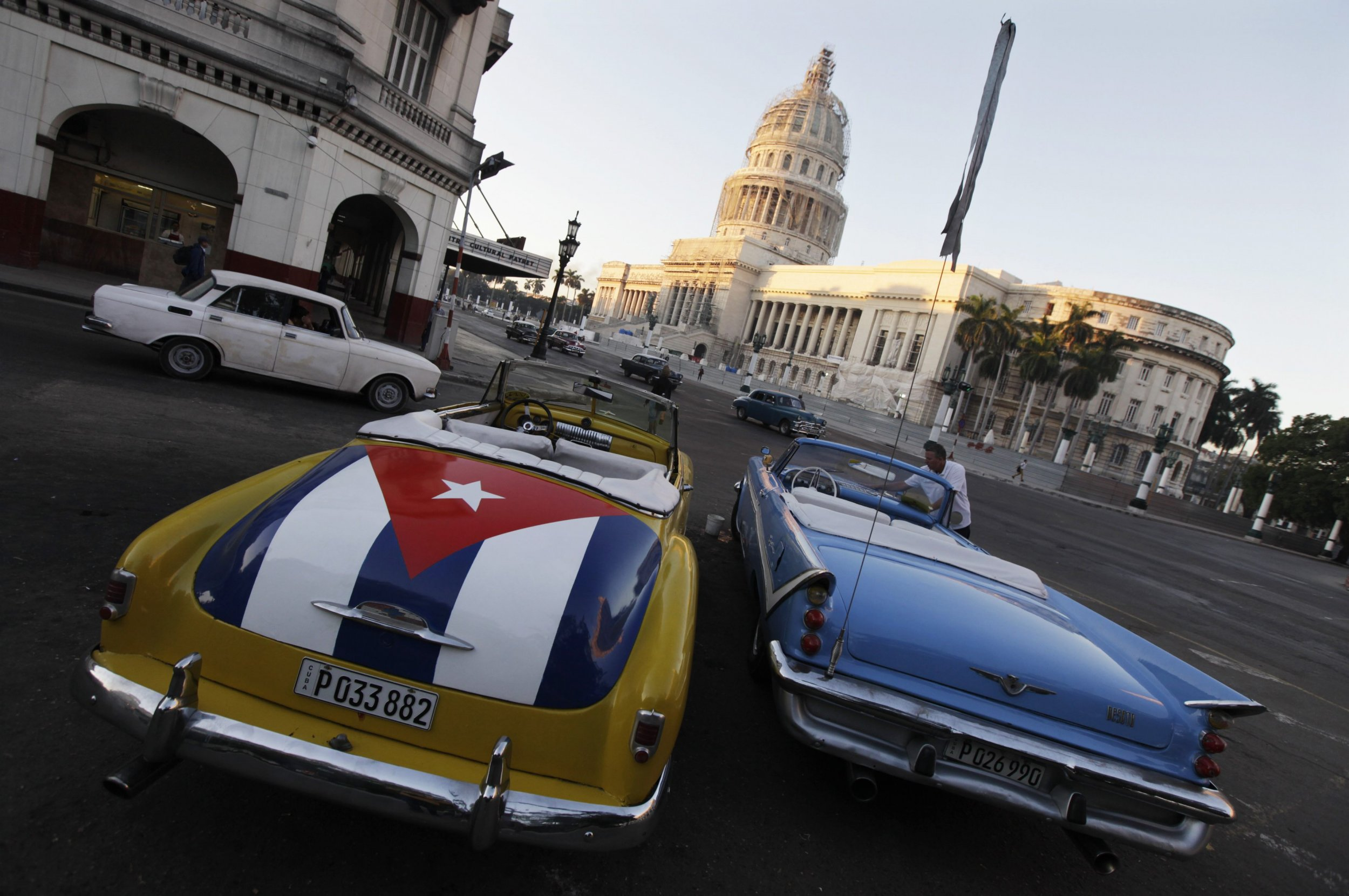 2014-12-18T145755Z_736260386_GM1EACI1RO301_RTRMADP_3_CUBA-USA