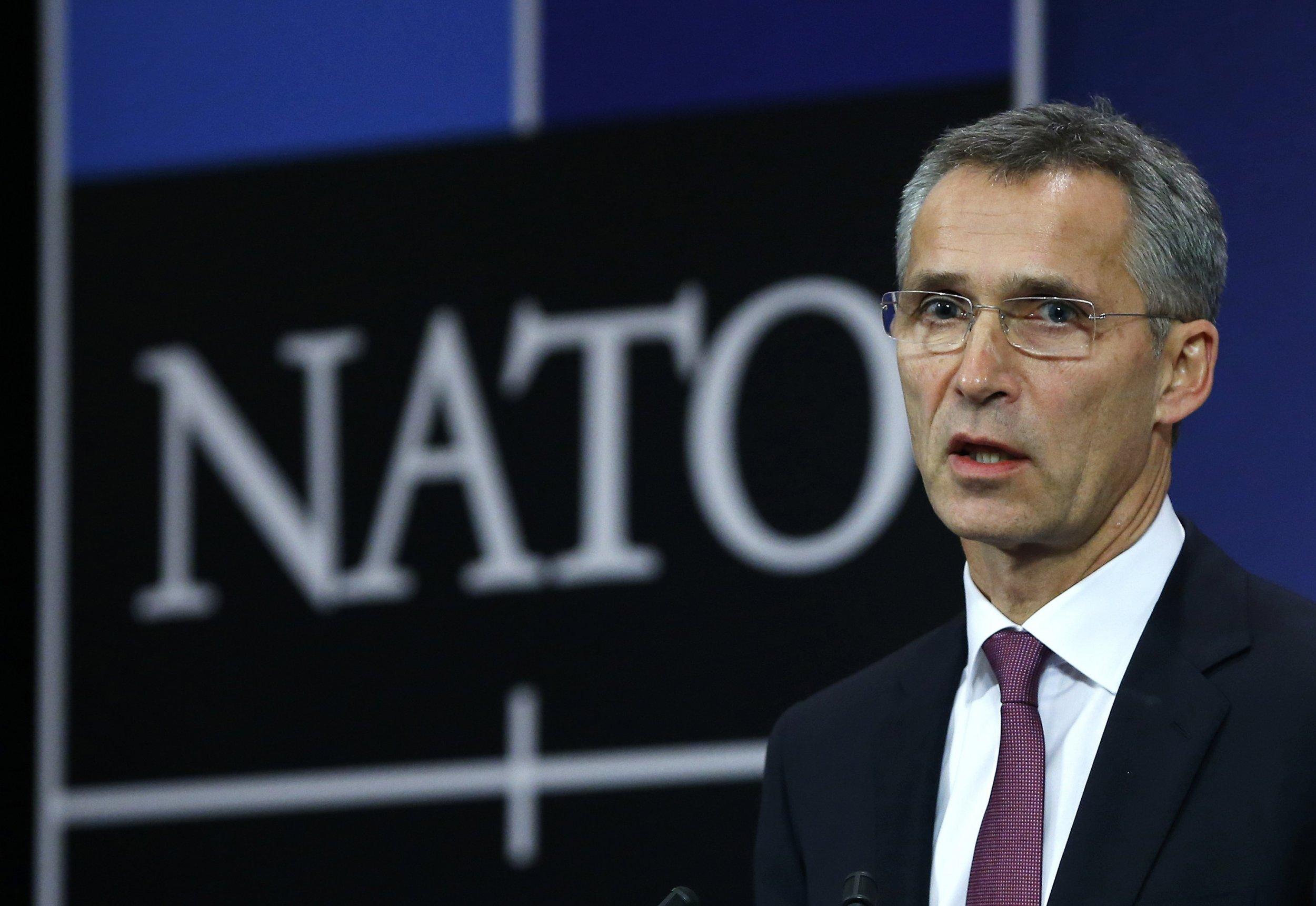 2014-12-02T125344Z_696554343_GM1EAC21LRP01_RTRMADP_3_UKRAINE-CRISIS-NATO