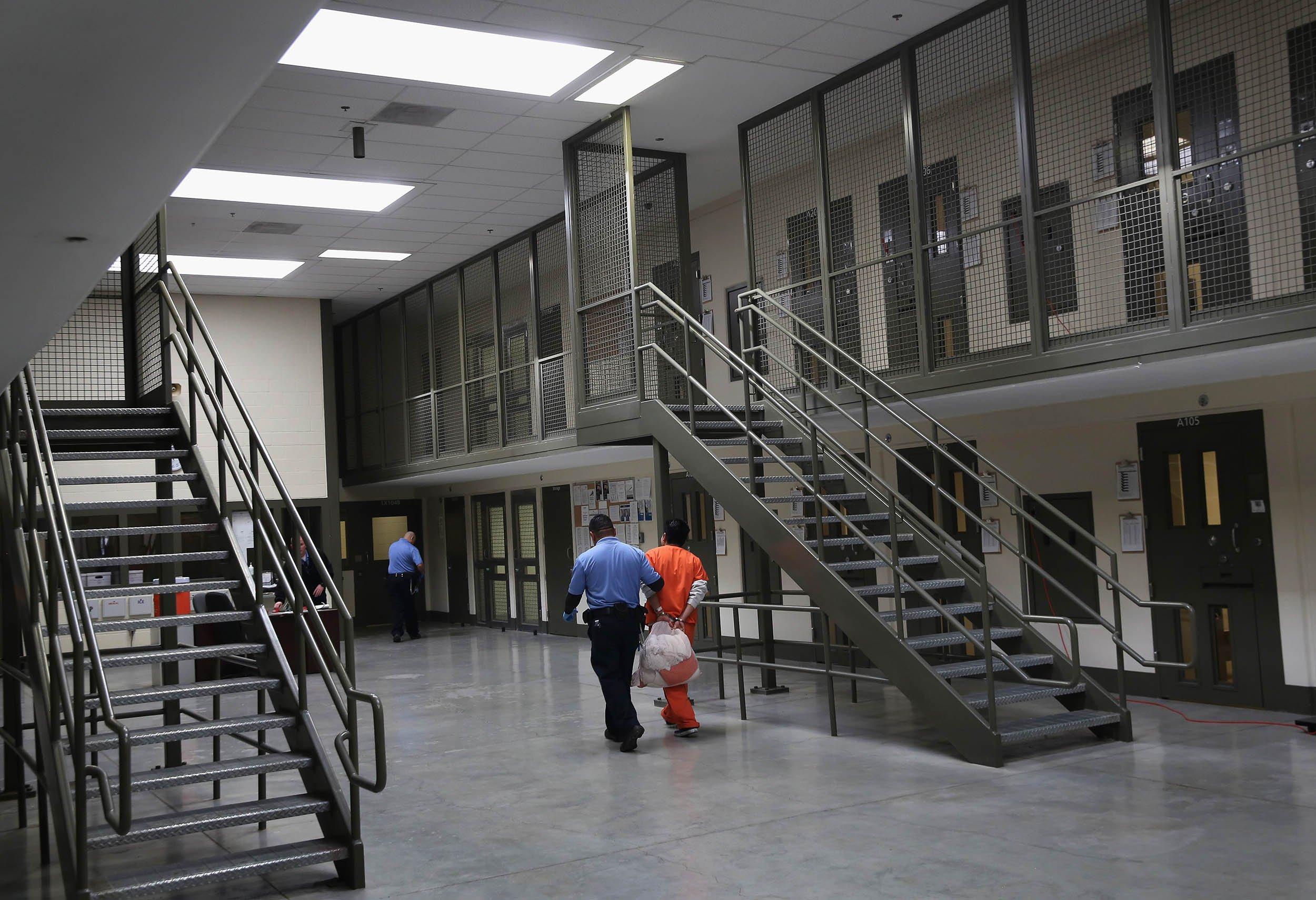 12_19_Inmates