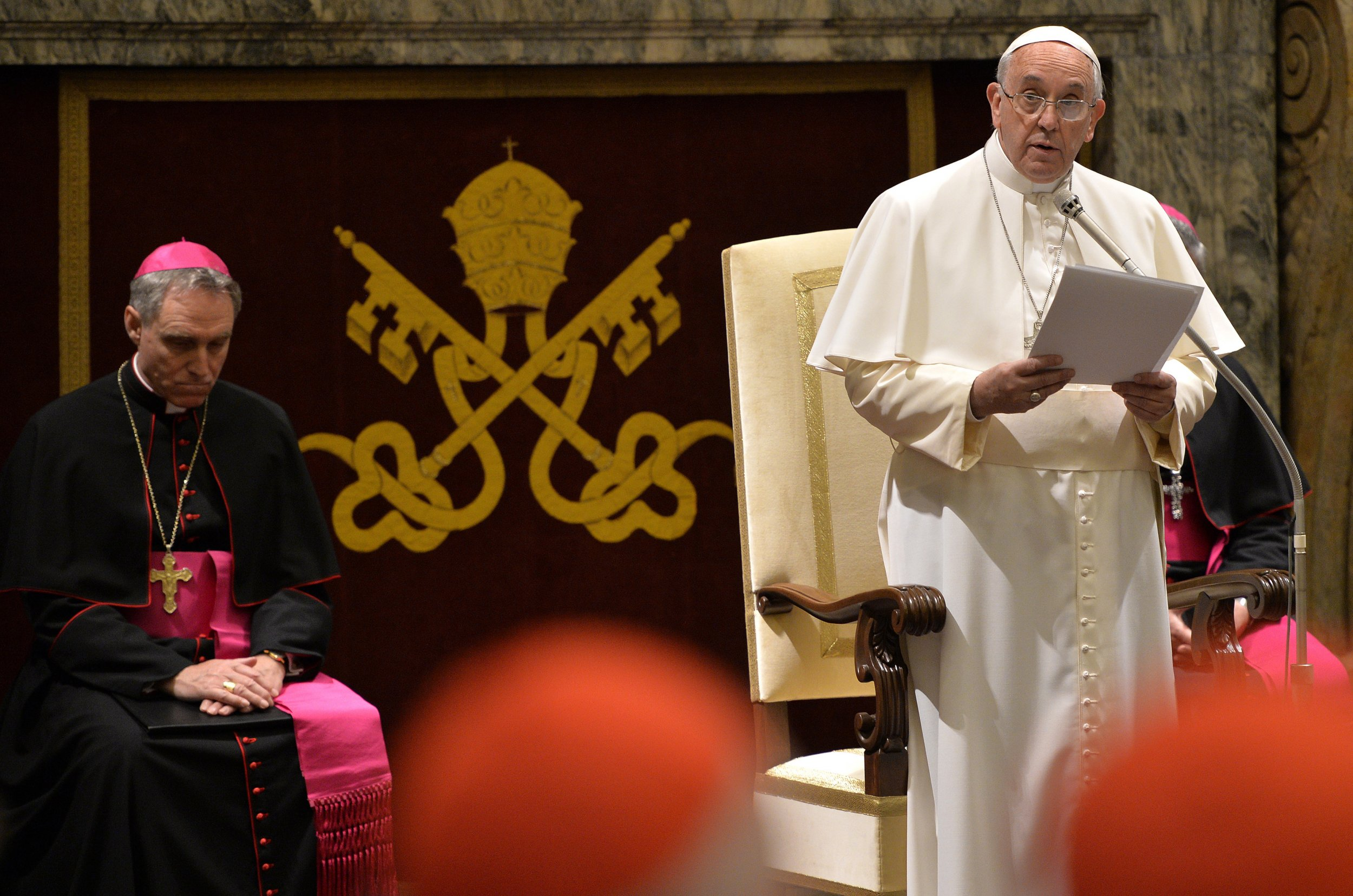 Pope francis blasts fellow churchmen at christmas greeting popefrancischristmas m4hsunfo