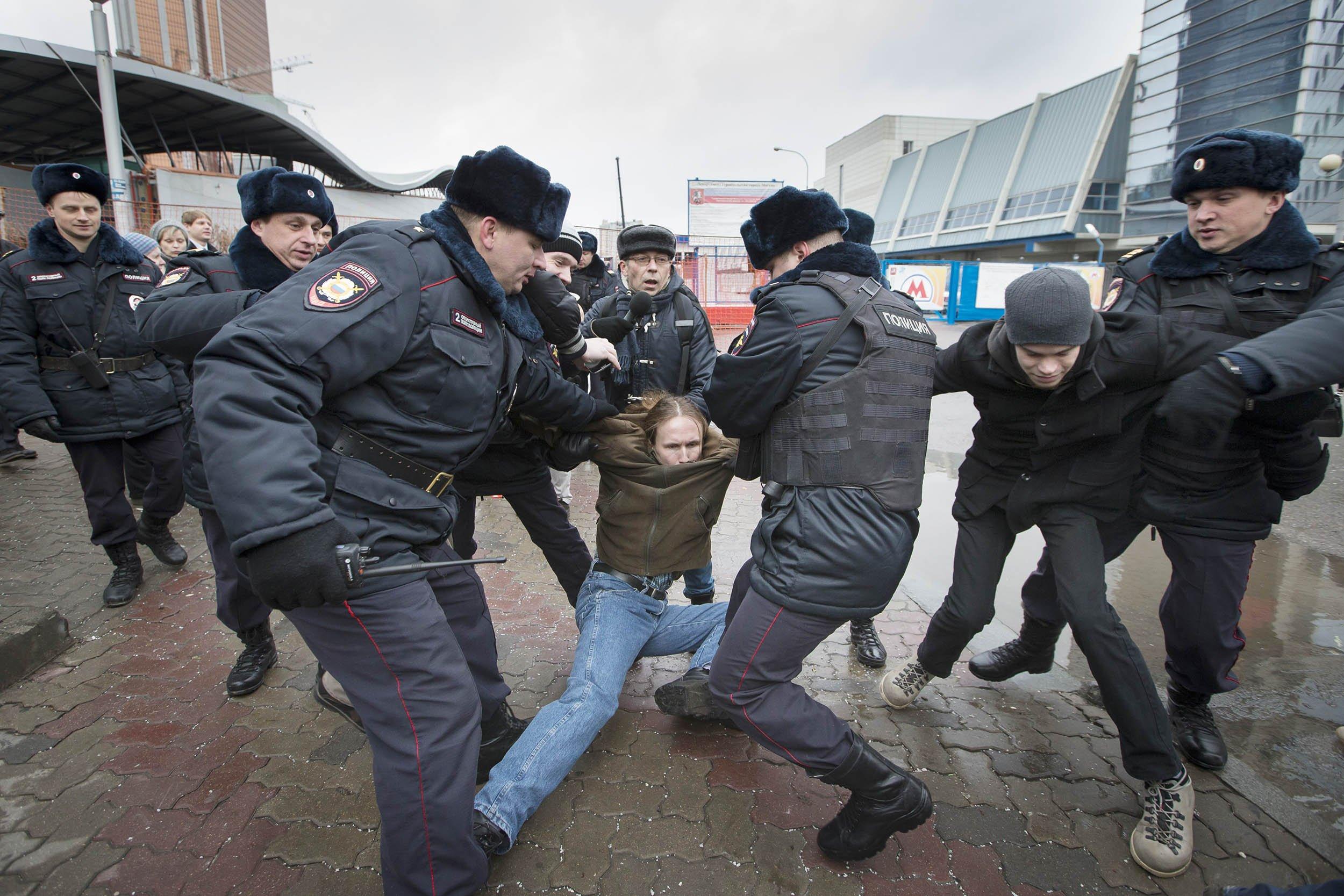 12_26_RussiaMeltdown_03