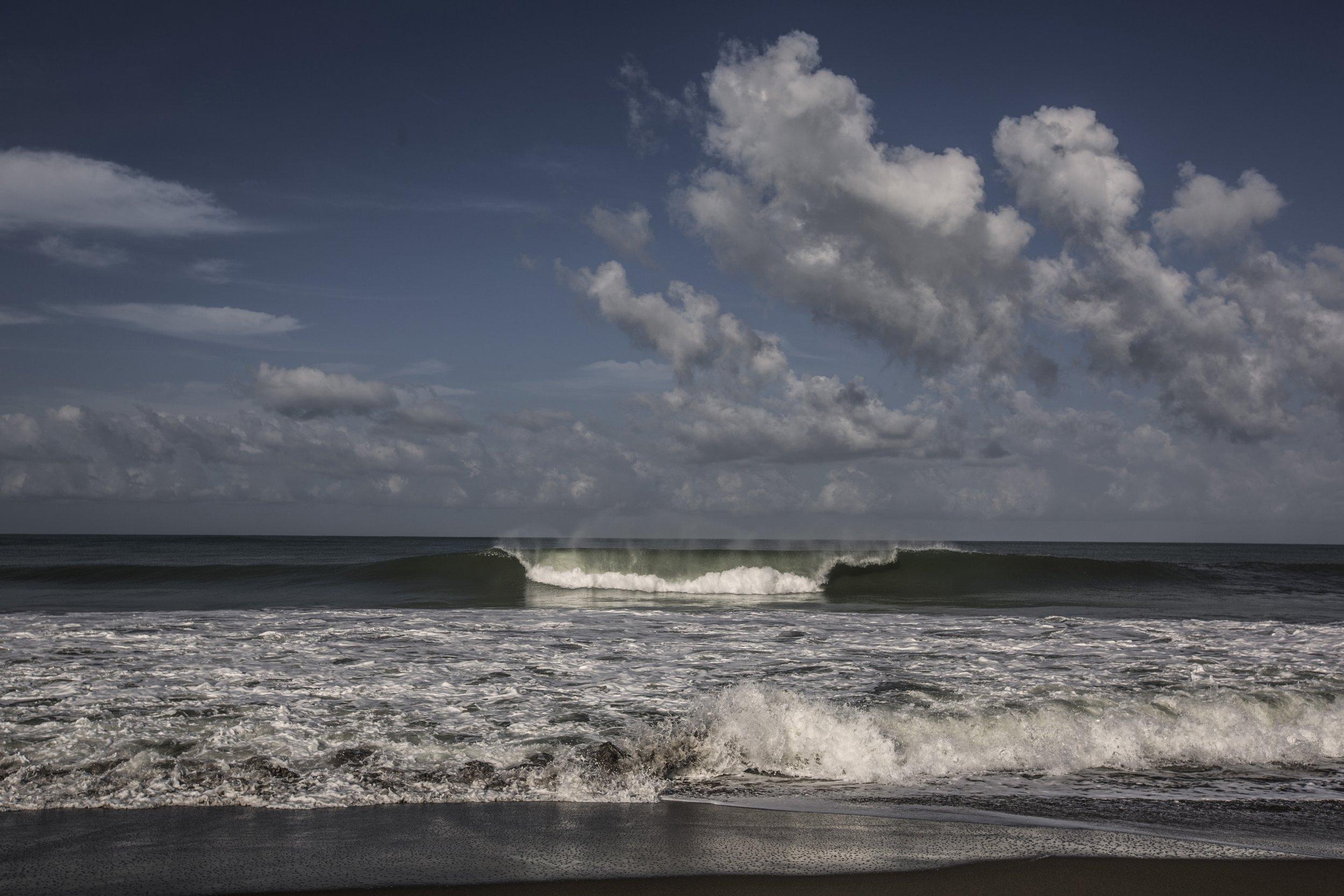Photos: 10 Years After Indian Ocean Tsunami, the Coast ... Indian Ocean Tsunami Wave