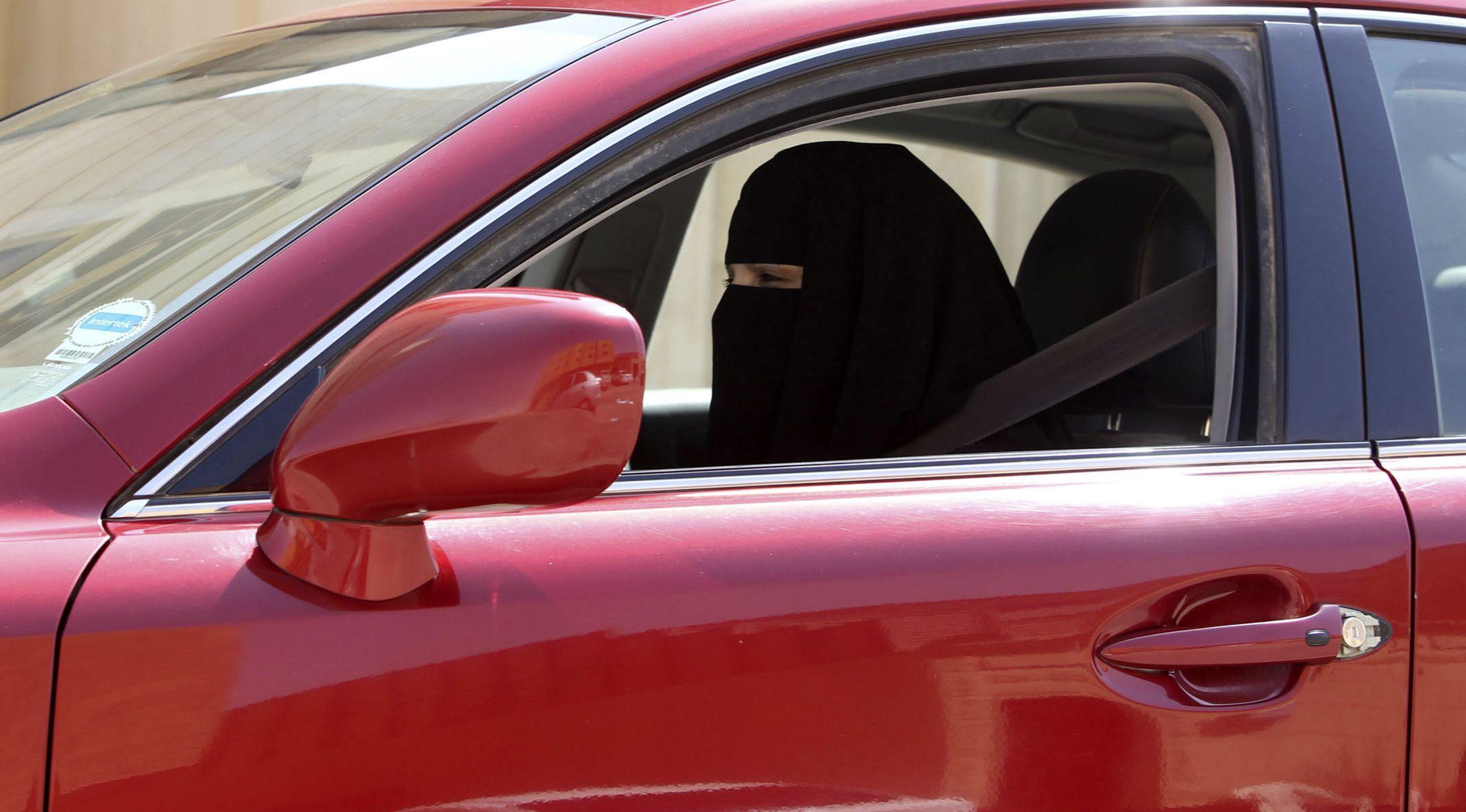 12-29-14 Woman driving Saudi Arabia