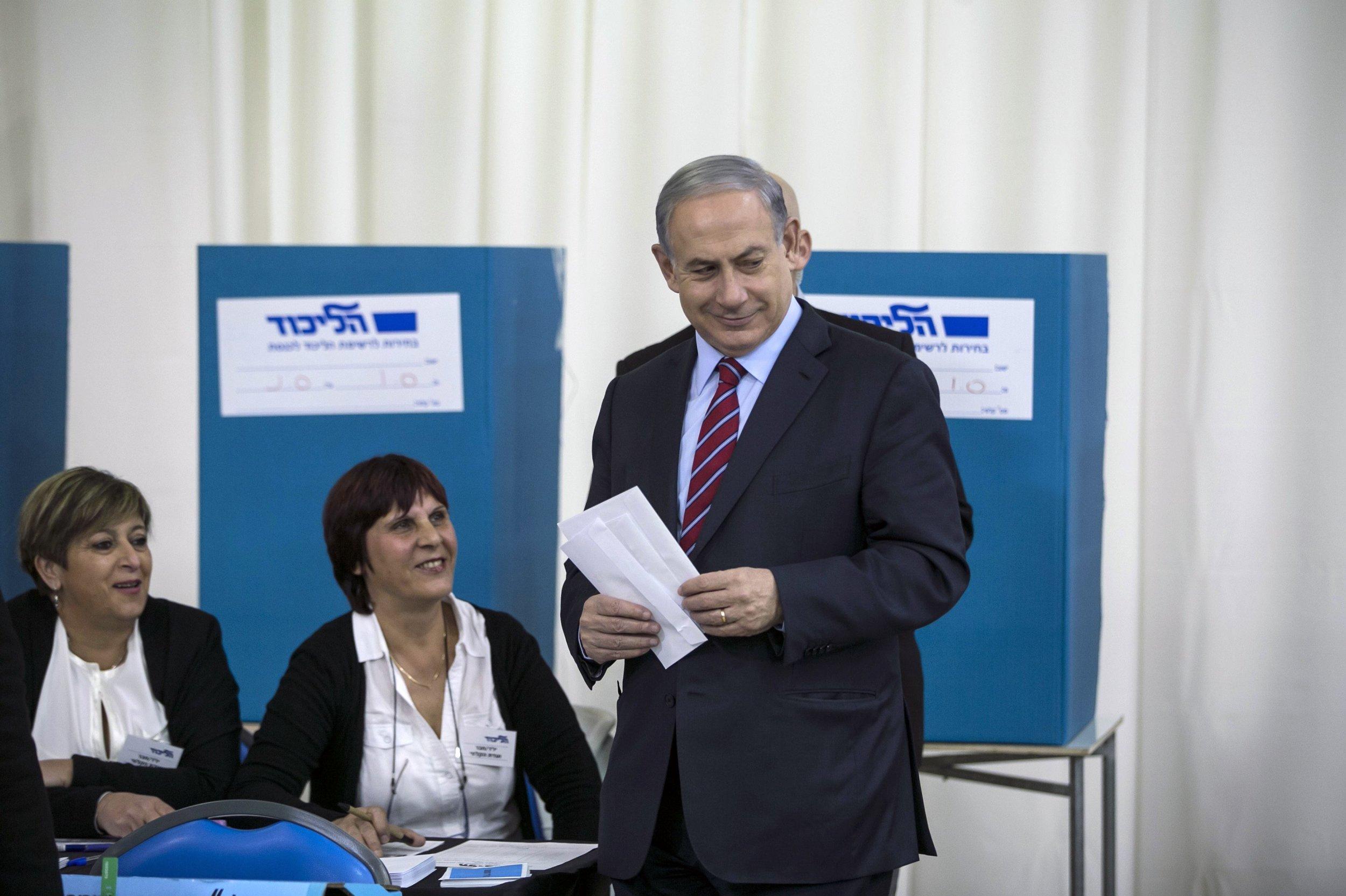 2014-12-31T141636Z_1259230796_GM1EACV1PTH01_RTRMADP_3_ISRAEL-POLITICS