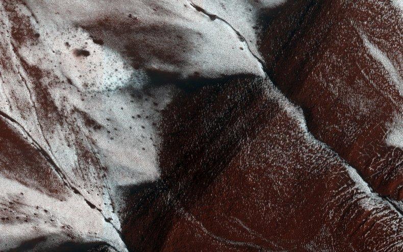 1-2-15 Mars frosty slopes