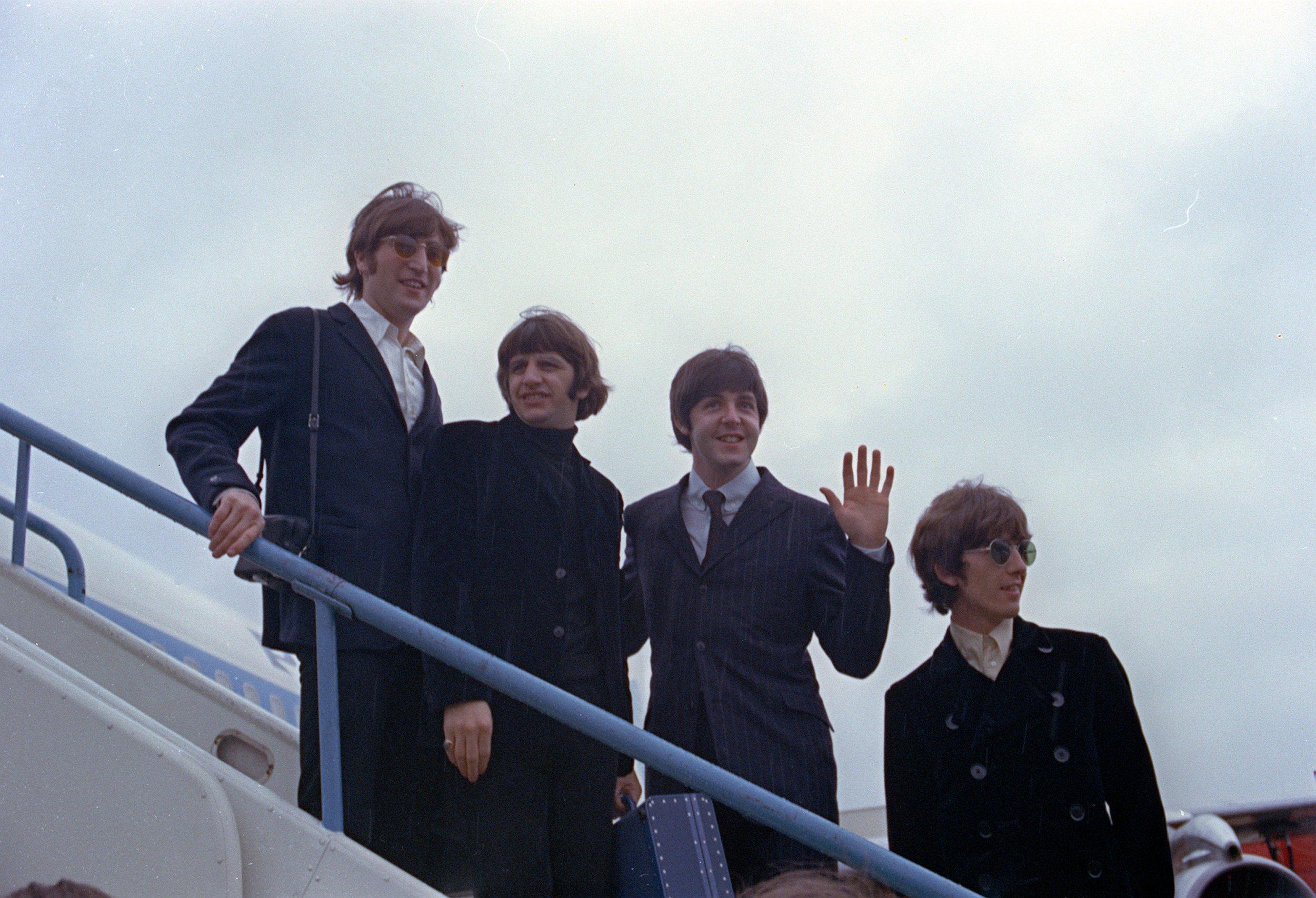 01_14_Beatles_01